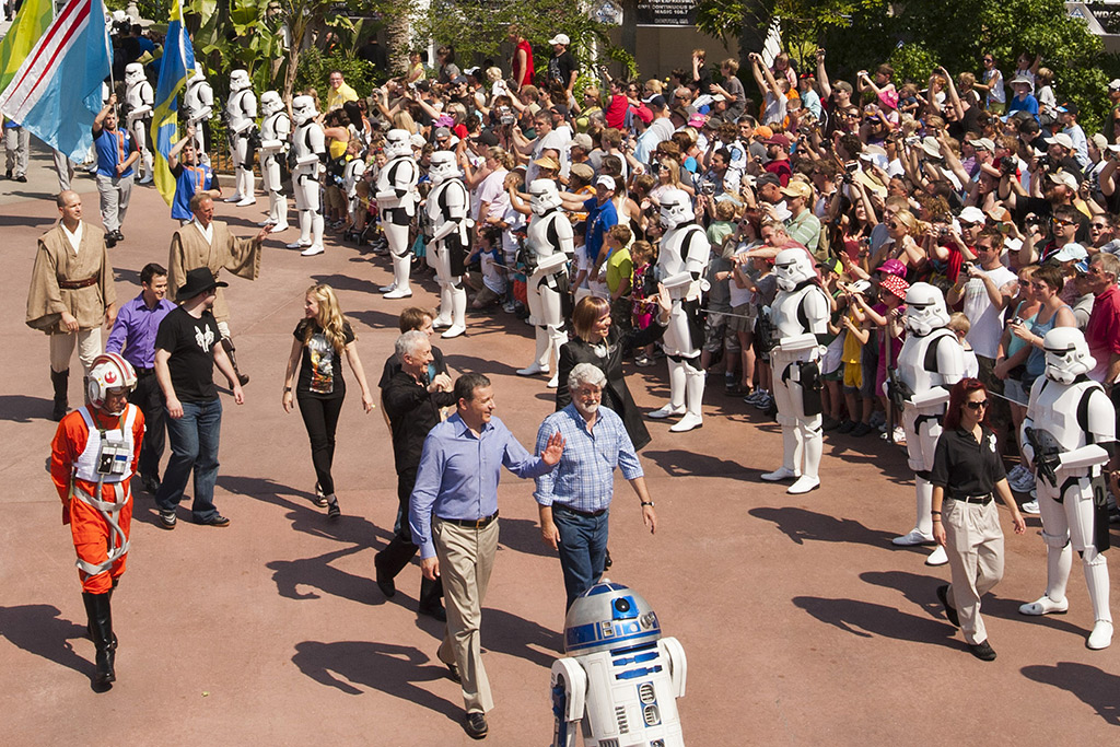 Star Tours opening official images