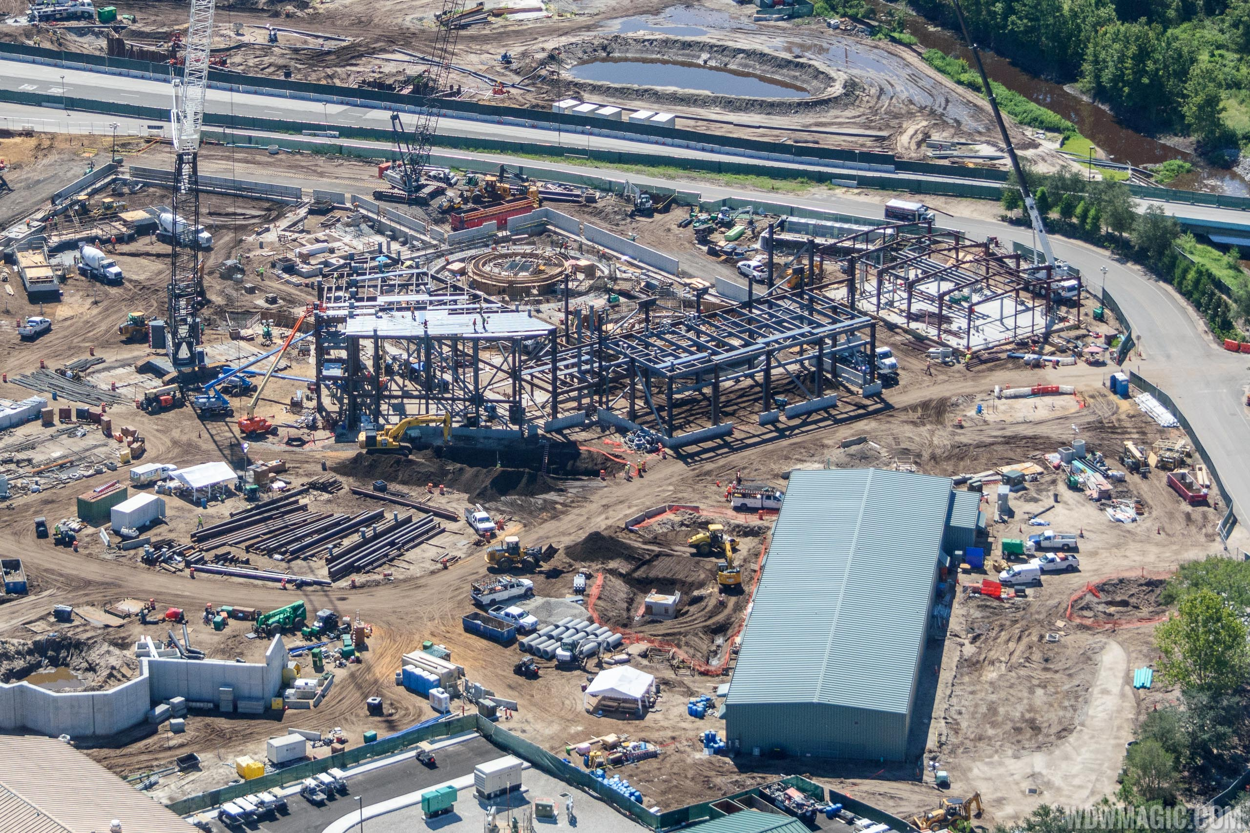 Star Wars Galaxy's Edge aerial view - Millennium Falcon attraction