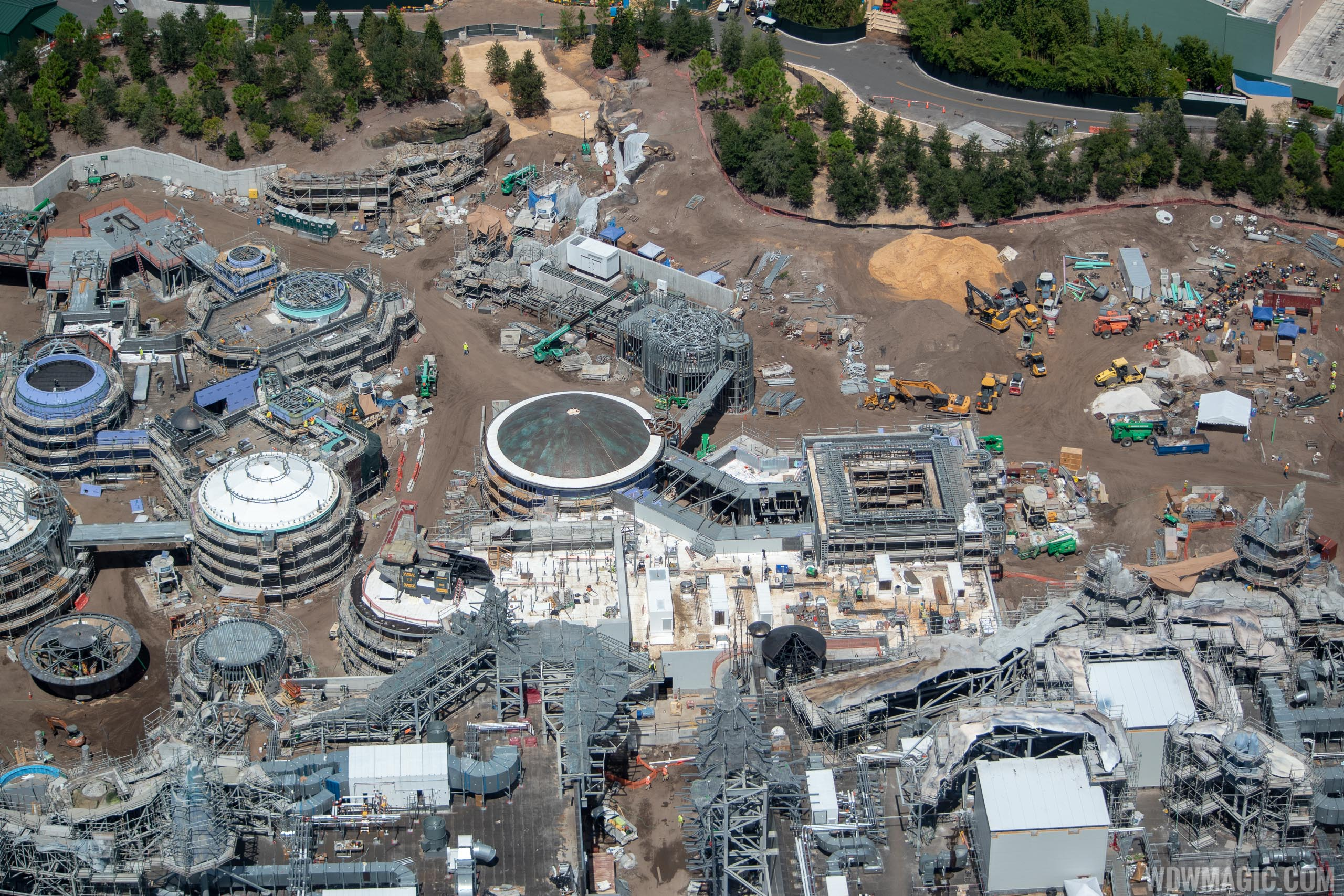 Star Wars Galaxy's Edge aerial pictures - September 2018