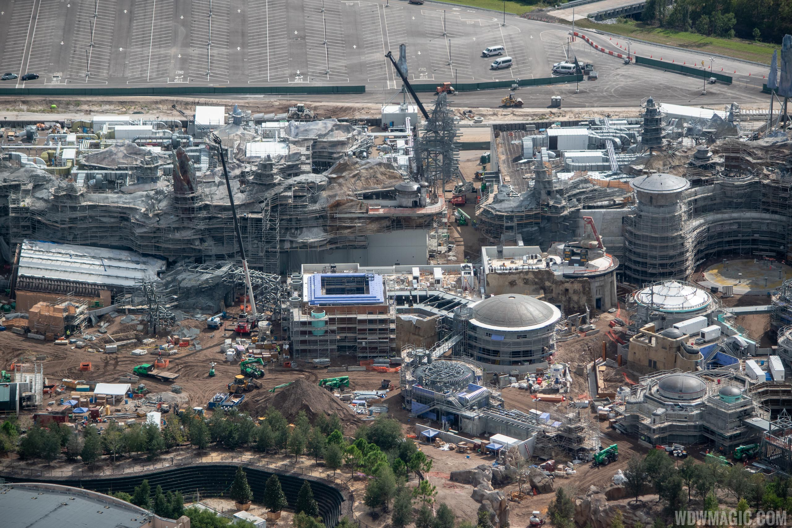 Star Wars Galaxy's Edge aerial pictures - November 2018