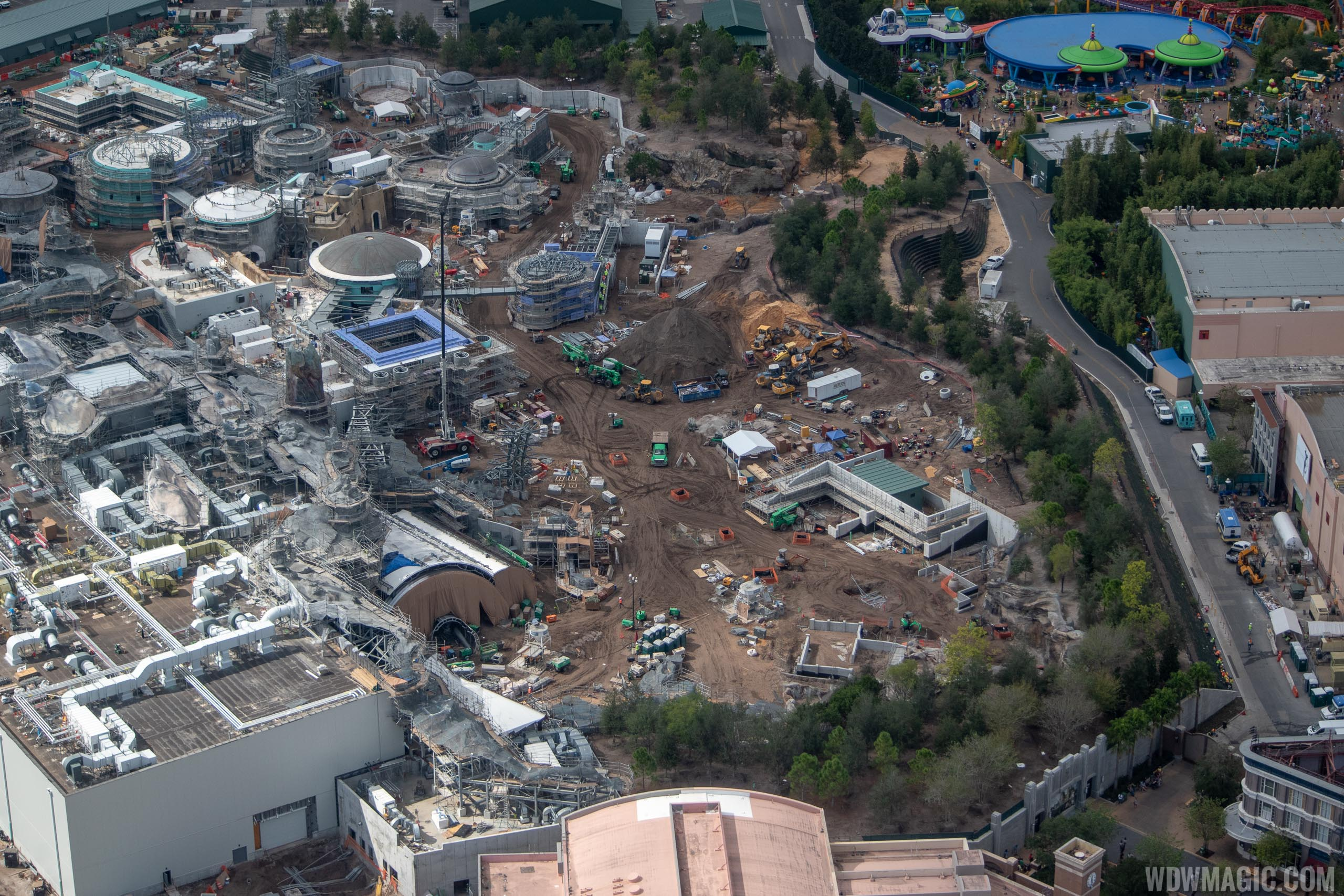 Youll Find Forevertron Behind Sea Of_27 >> Star Wars Galaxy S Edge Aerial Pictures November 2018 Photo 25 Of 27