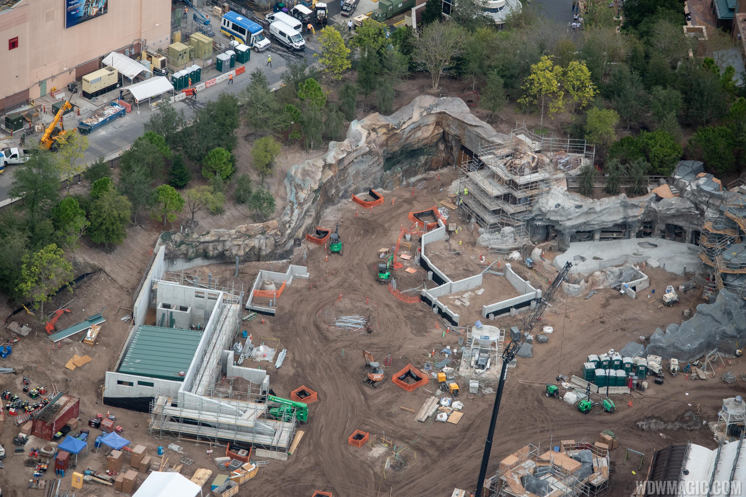 Youll Find Forevertron Behind Sea Of_27 >> Star Wars Galaxy S Edge Aerial Pictures November 2018 Photo 26 Of 27