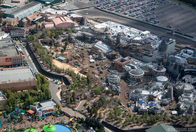 Star Wars Galaxy's Edge aerial pictures - February 2019