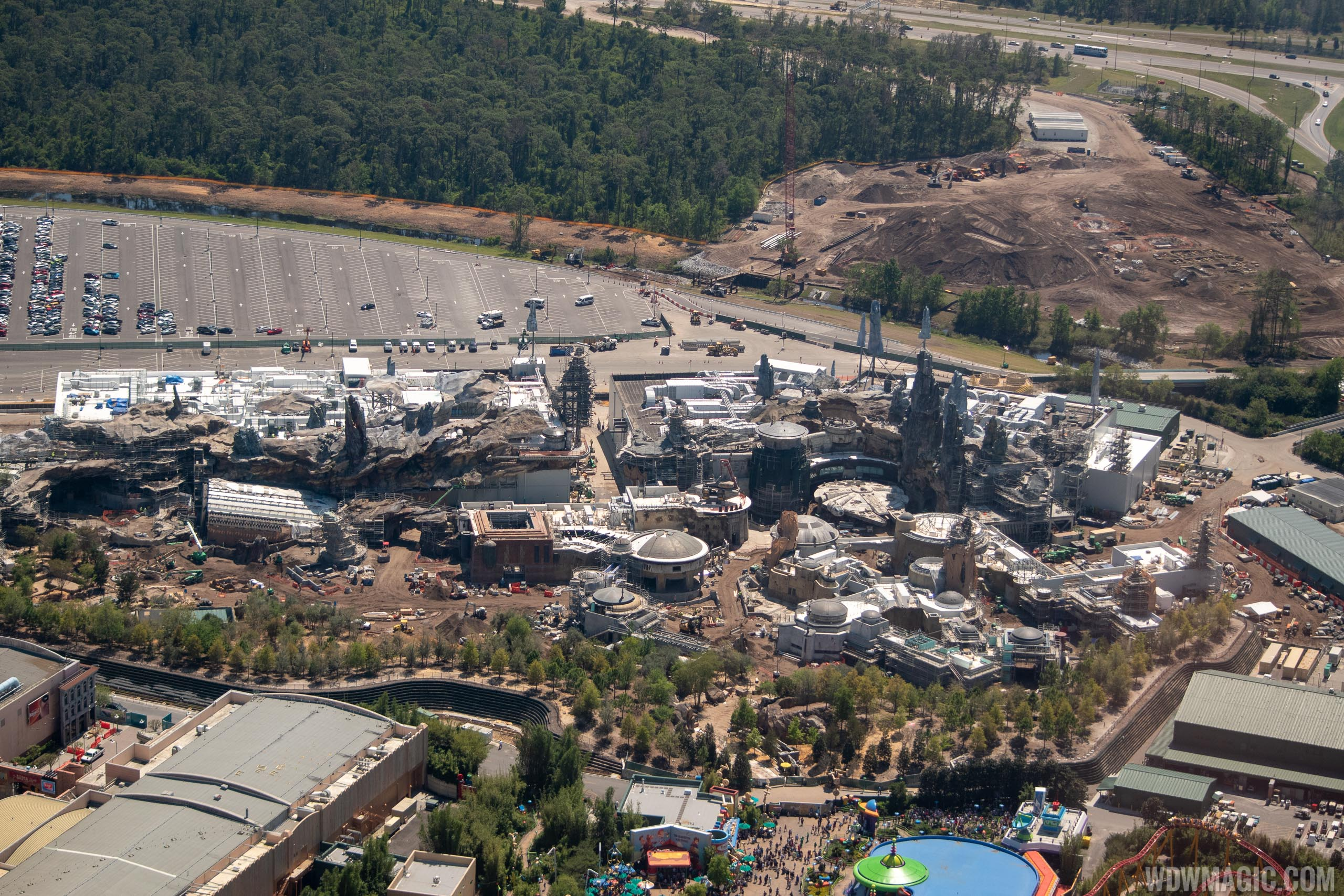 Star Wars Galaxy's Edge aerial pictures - March 2019