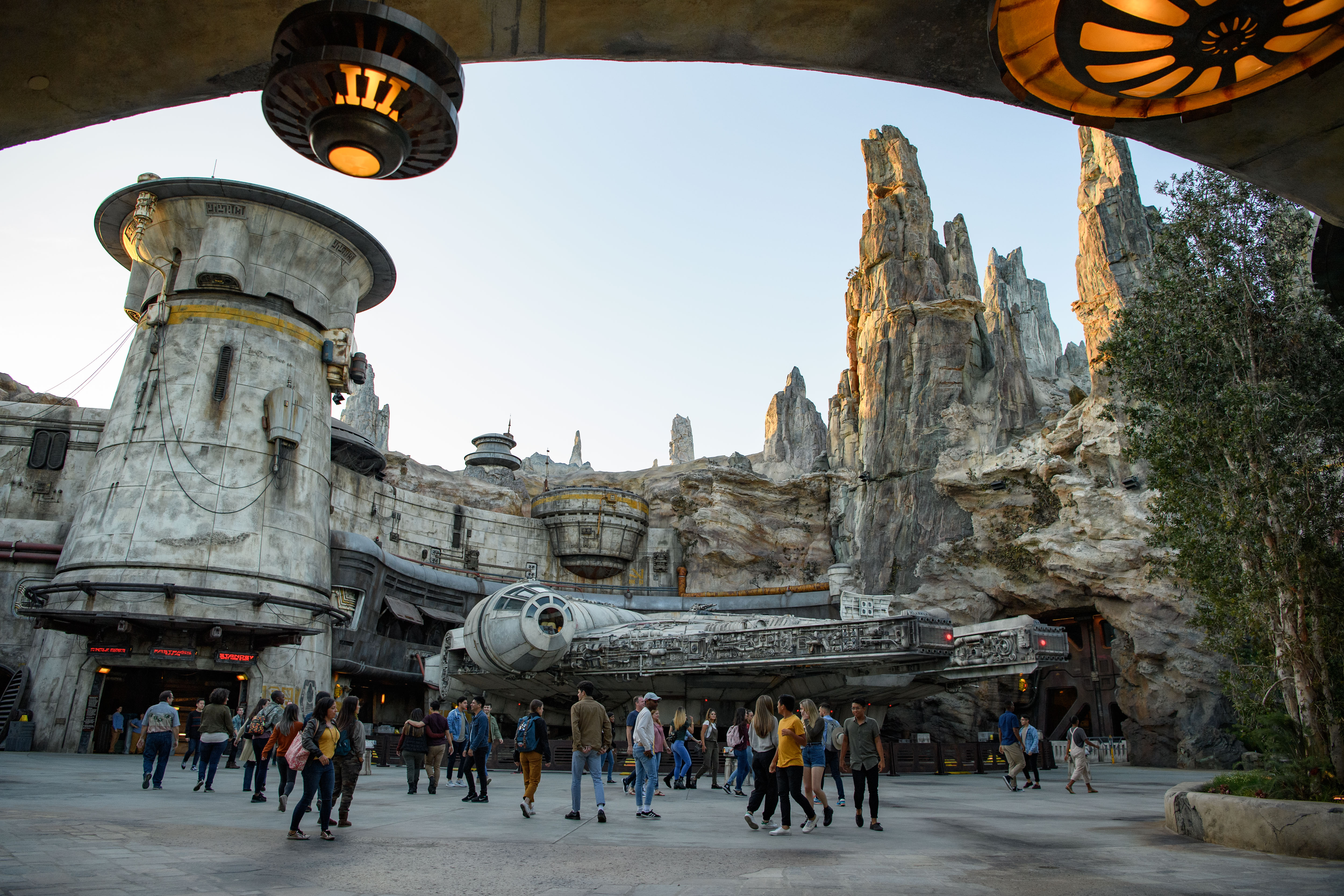 Millennium Falcon at Star wars: Galaxy's Edge