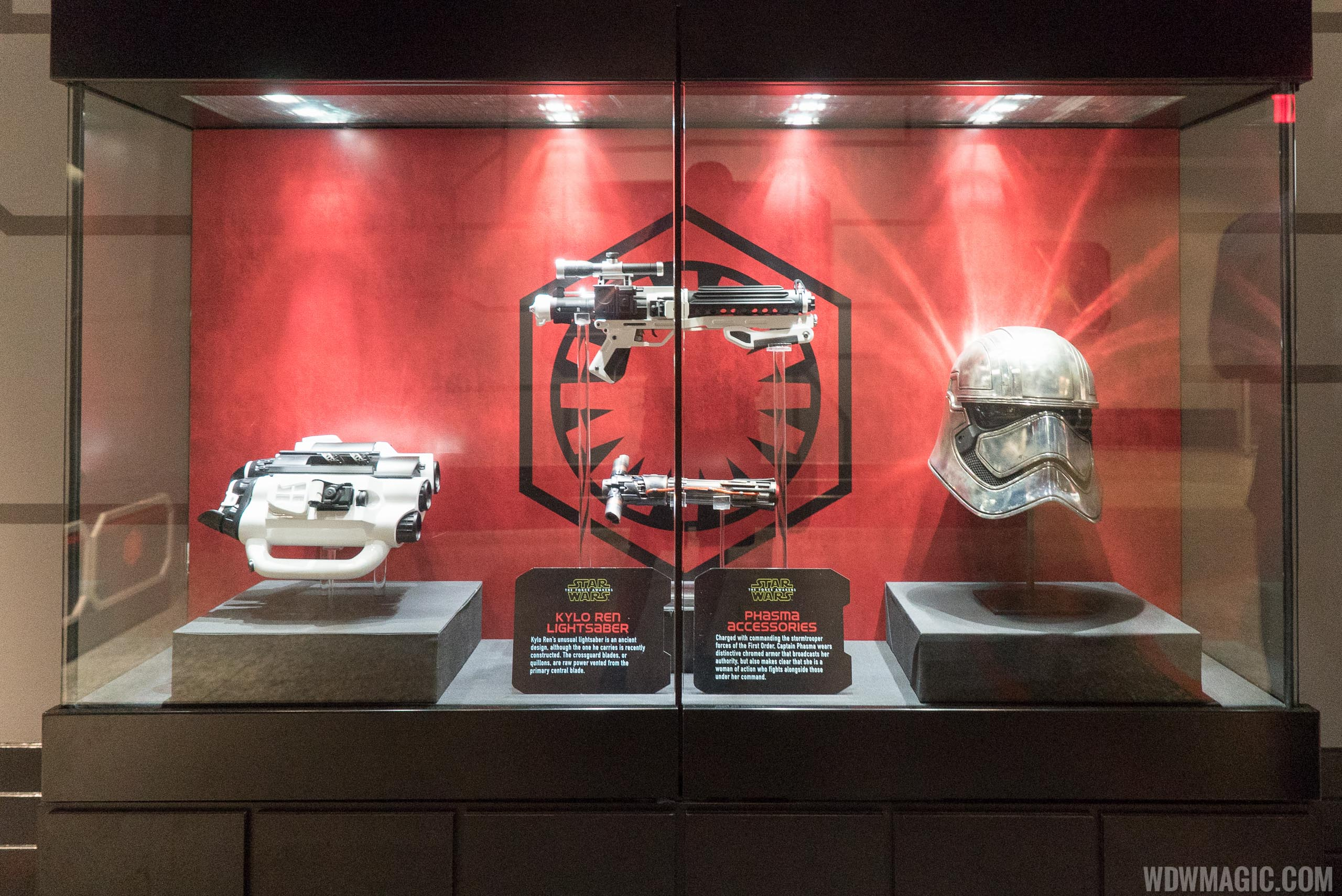 Star Wars Launch Bay - Preview gallery props