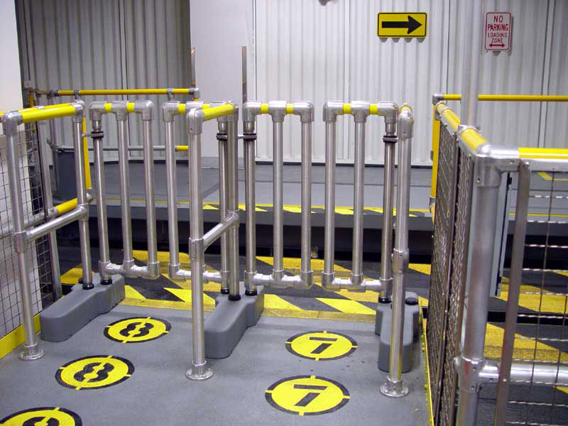 New loading platform air gates