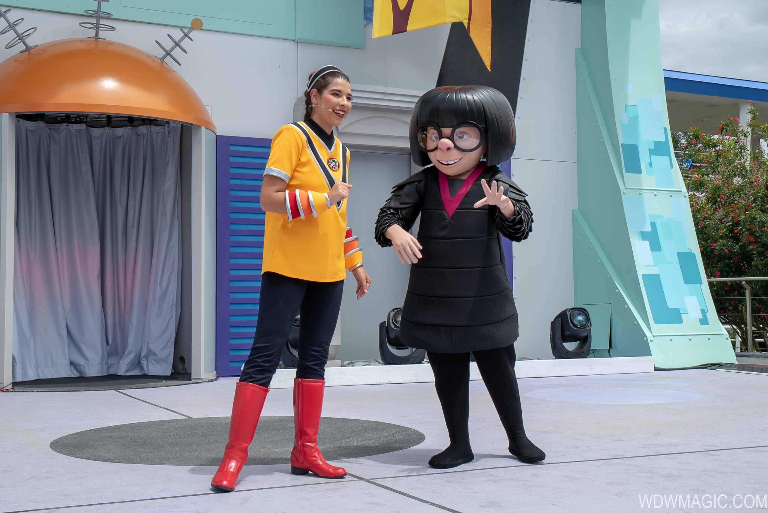 Edna Mode at the Magic Kingdom