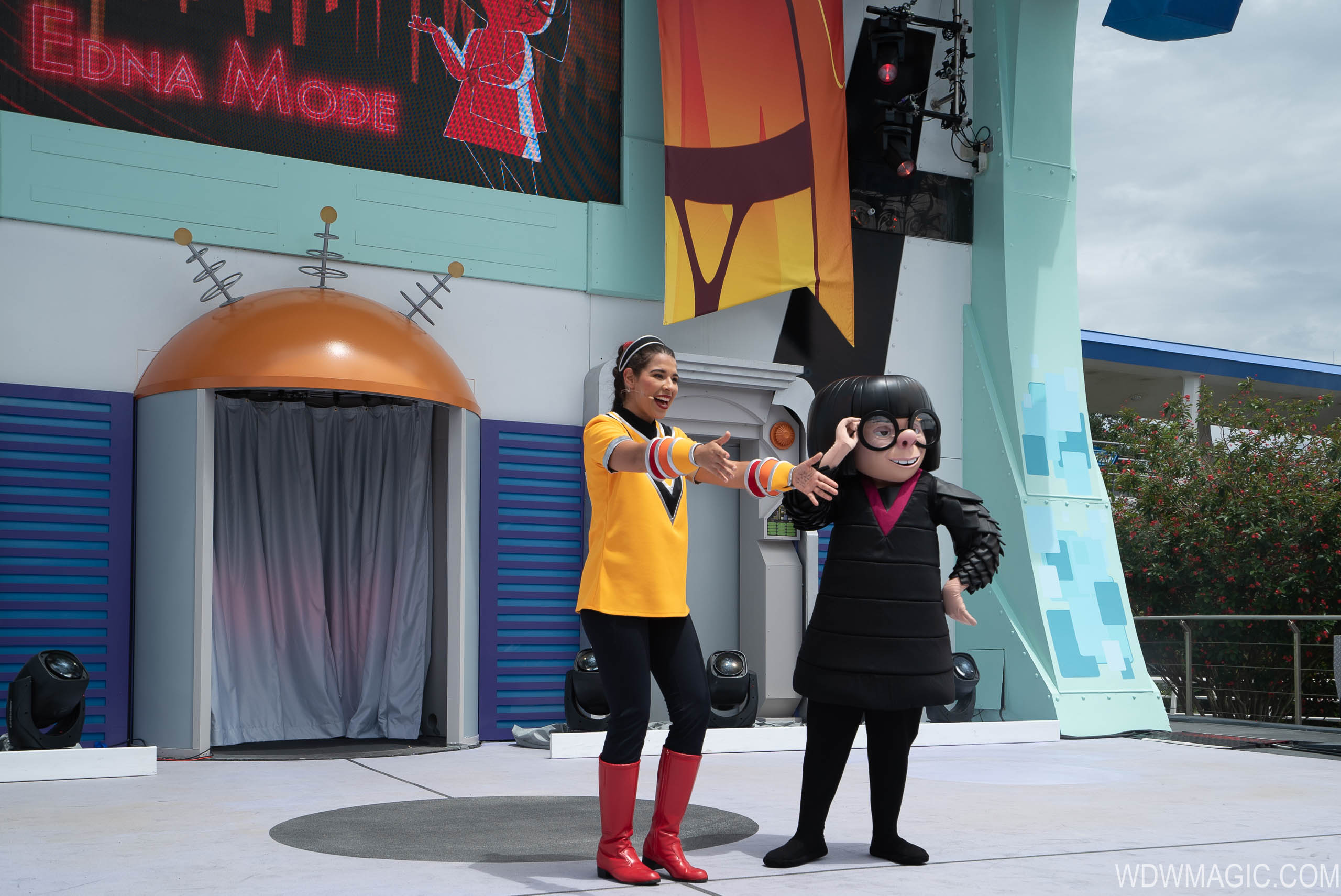 Edna Mode at the Incredible Tomorrowland Expo