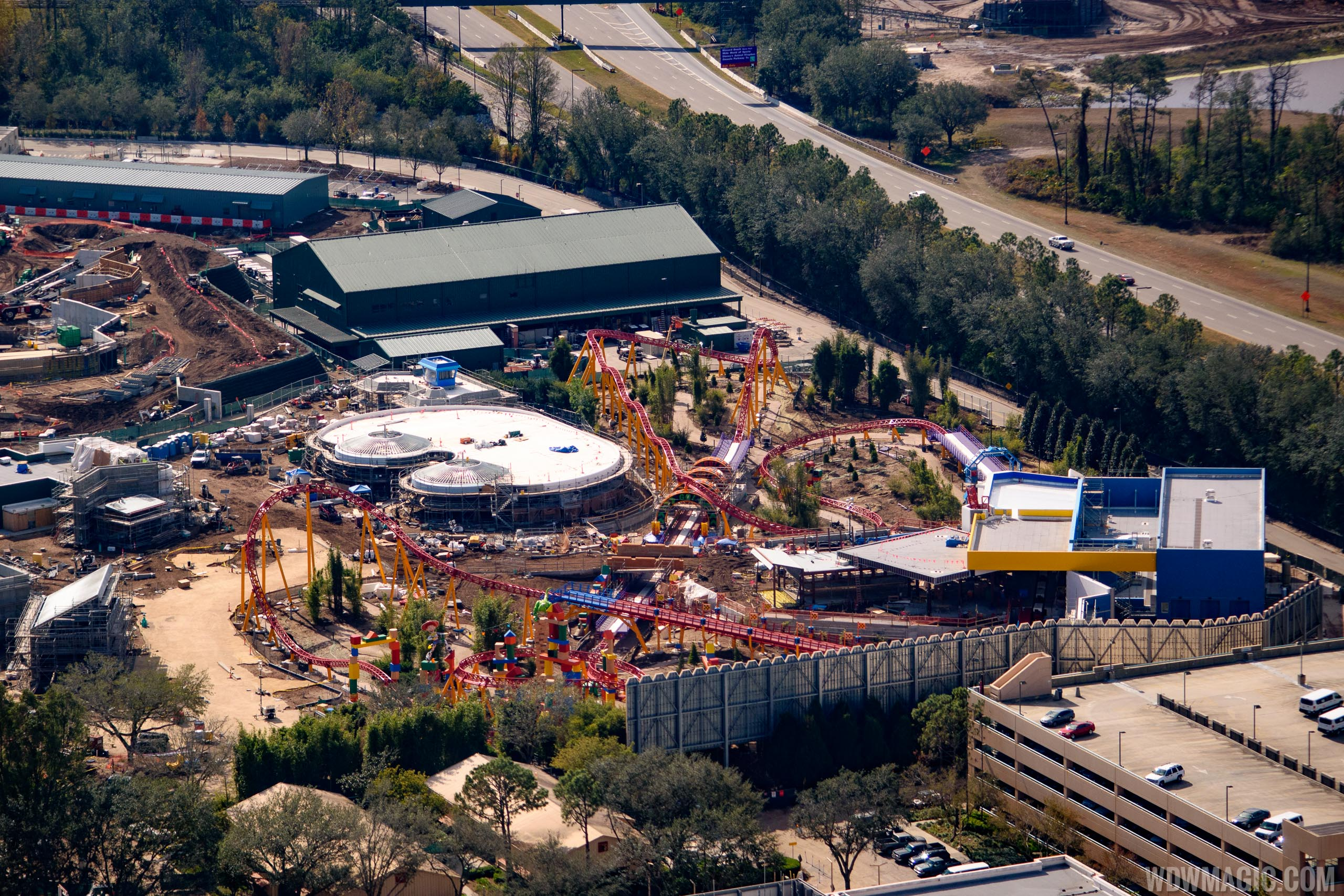 Toy Story Land wide view