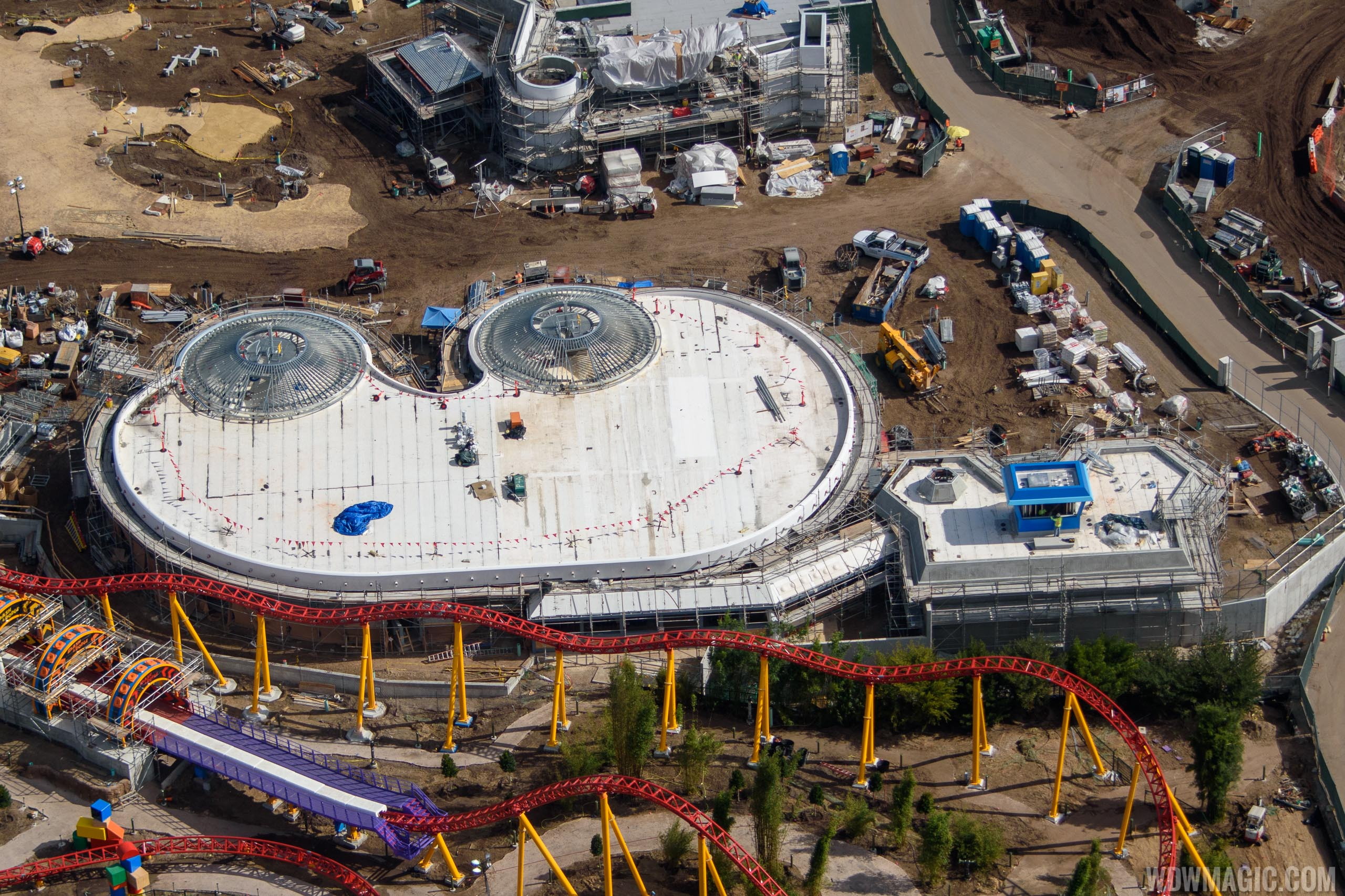 Alien Swirling Saucers under construction