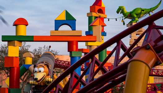 VIDEO - A longer look at Slinky Dog Dash Coaster in testing