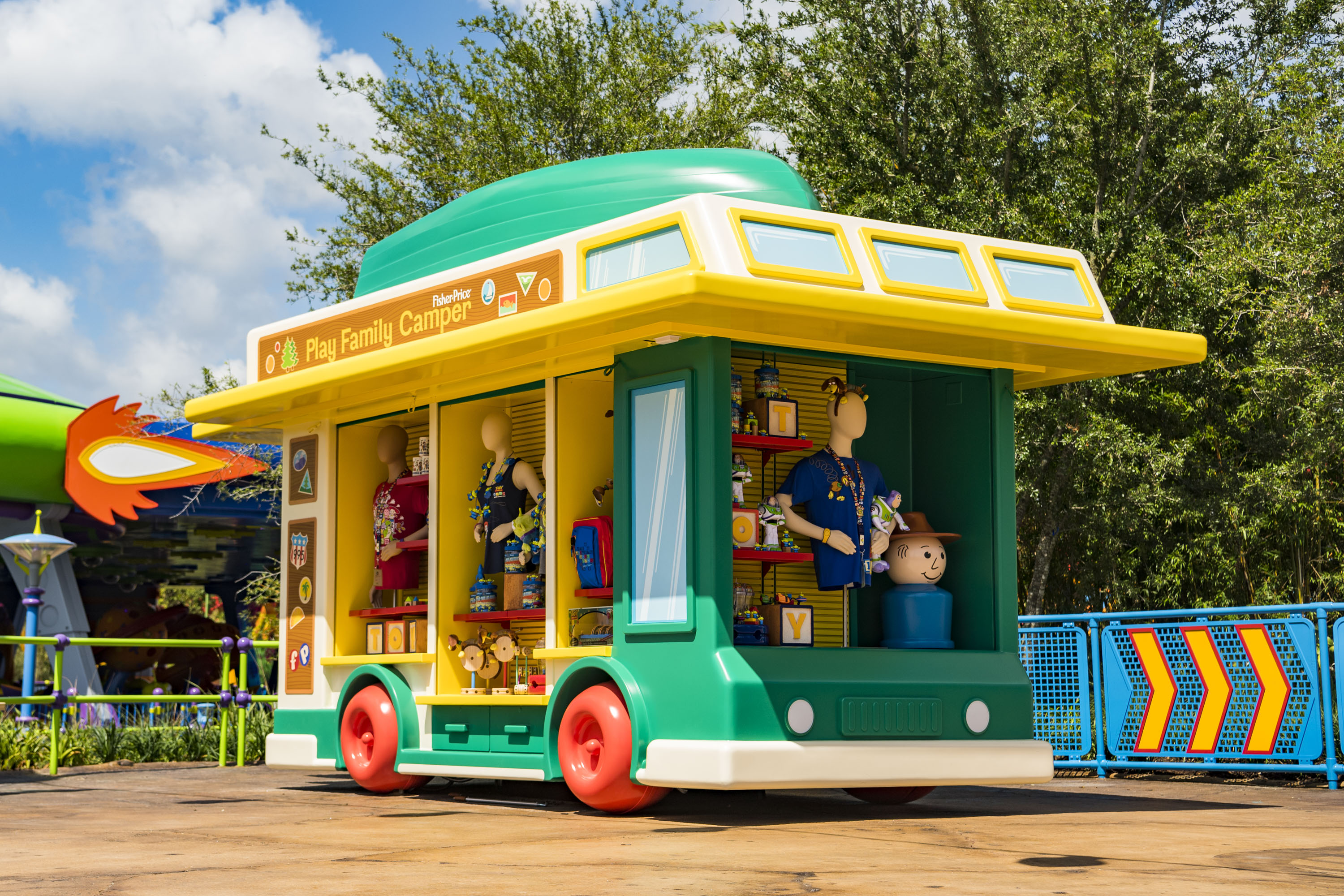 Merchandise kiosk at Toy Story Land