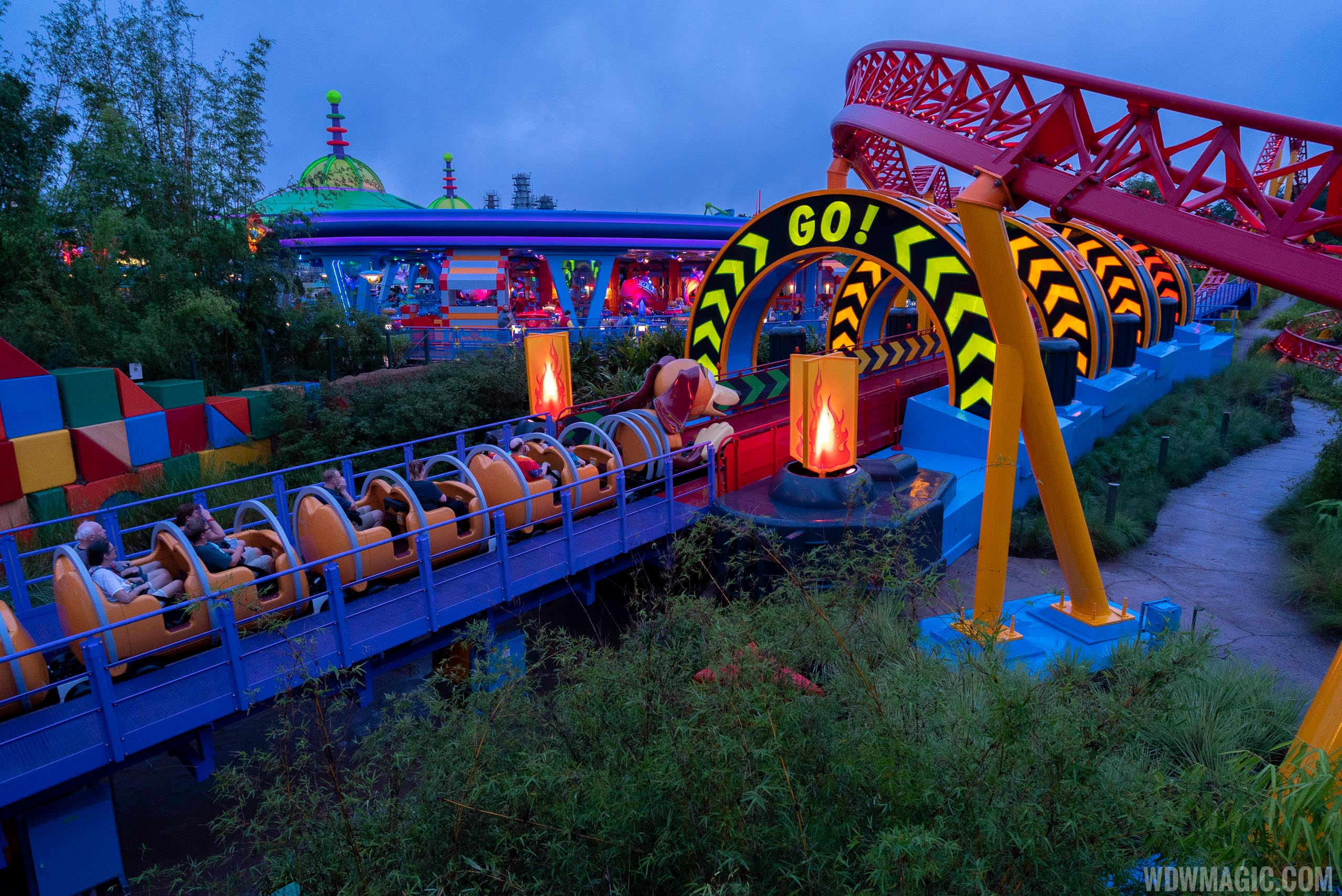 Slinky Dog Dash second launch
