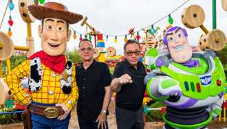 PHOTOS - Tom Hanks, Tim Allen and other stars from Toy Story 4 visit Toy Story Land at Disney's Hollywood Studios