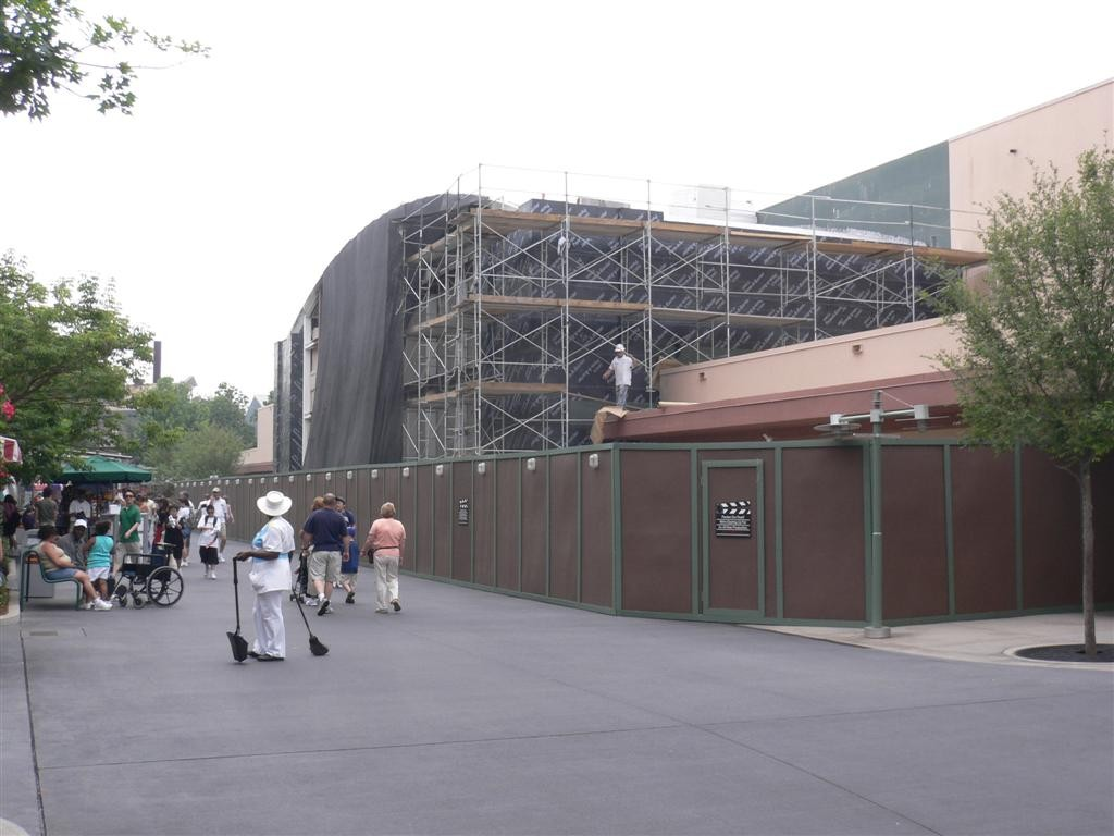 Toy Story Mania construction in 2007