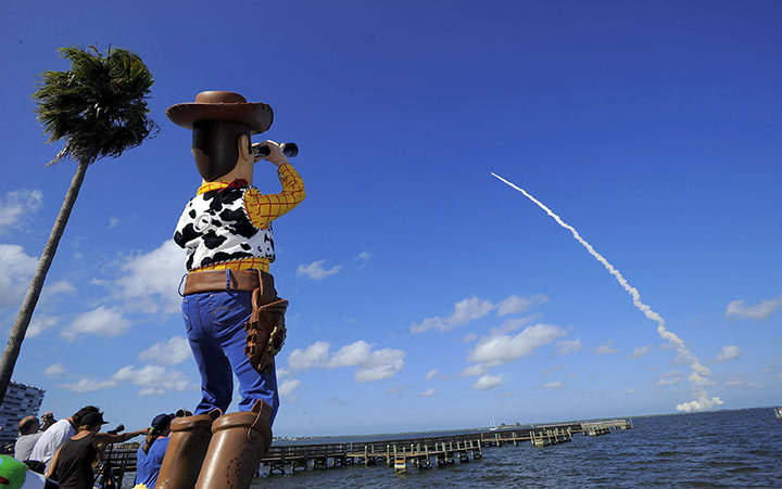 Woody visits the Cape to see Buzz head to Space in the Space Shuttle