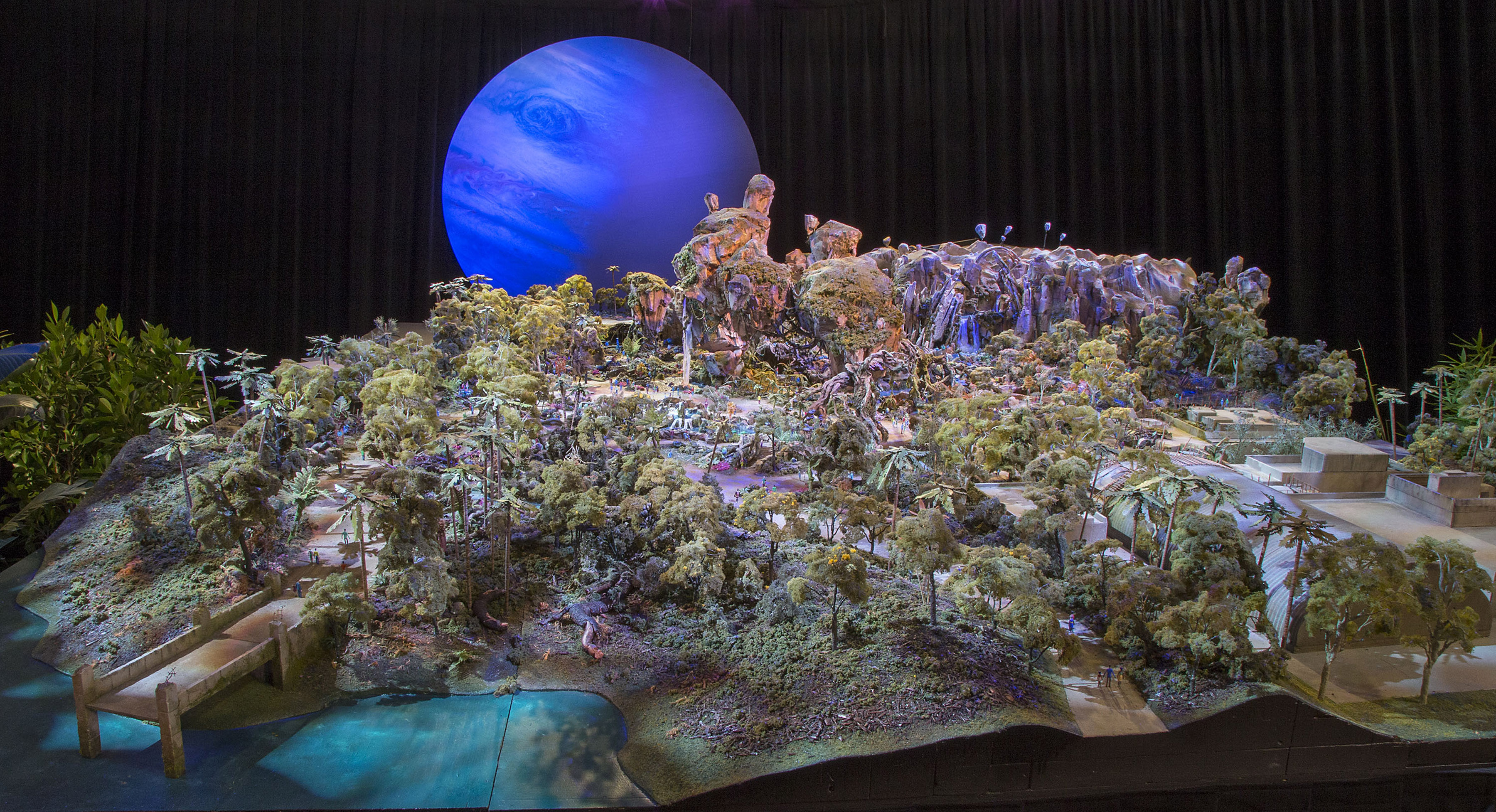 AVATAR land model at D23 EXPO