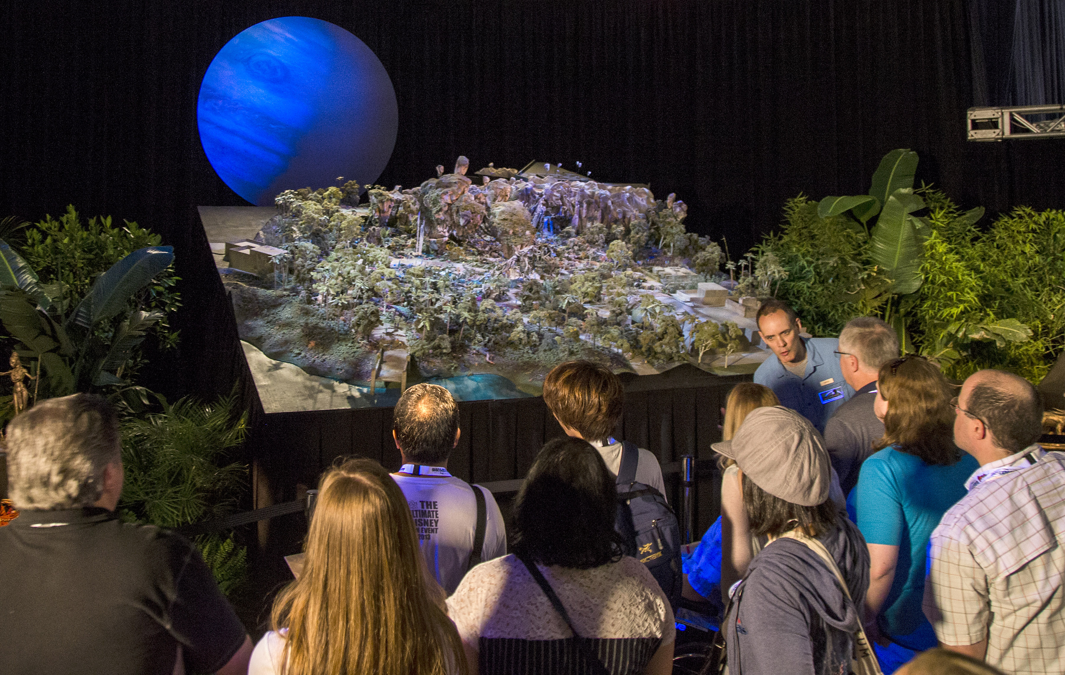 AVATAR model at D23 EXPO 2015