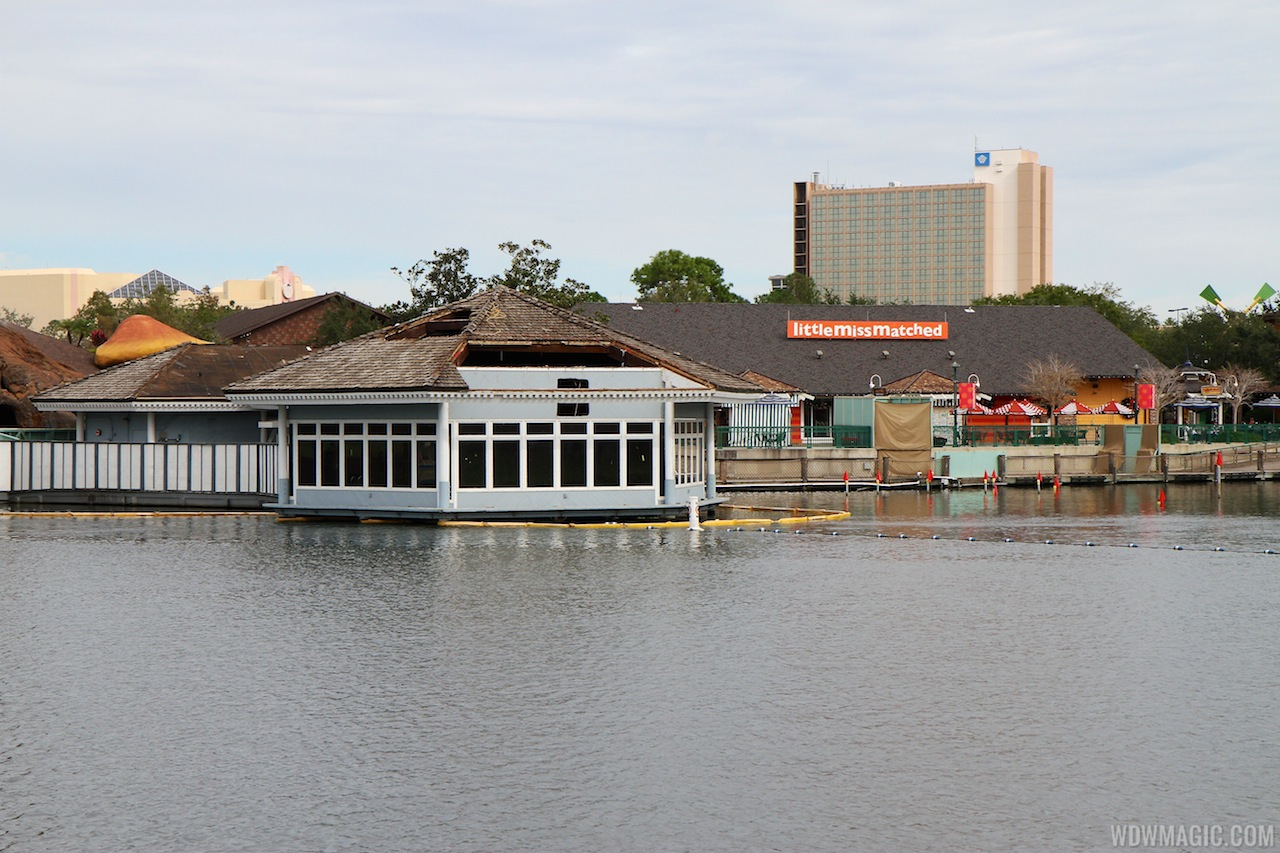 Cap'n Jacks restaurant and marina demolition