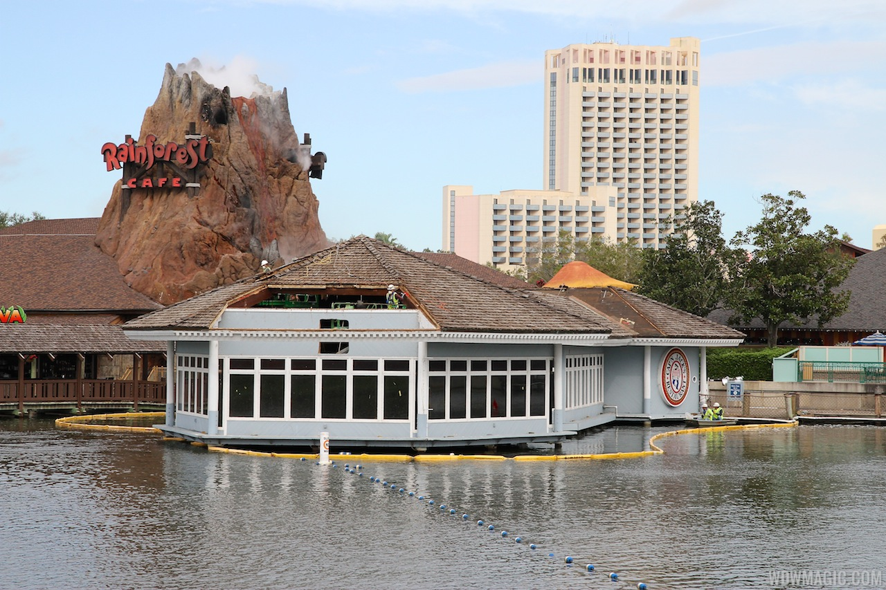 Cap'n Jacks demolition at Downtown Disney Marketplace