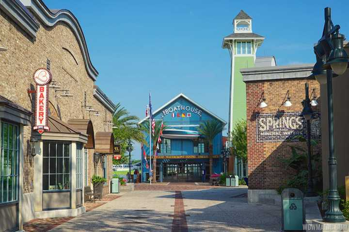 Disney Springs closing early due to Orange County curfew