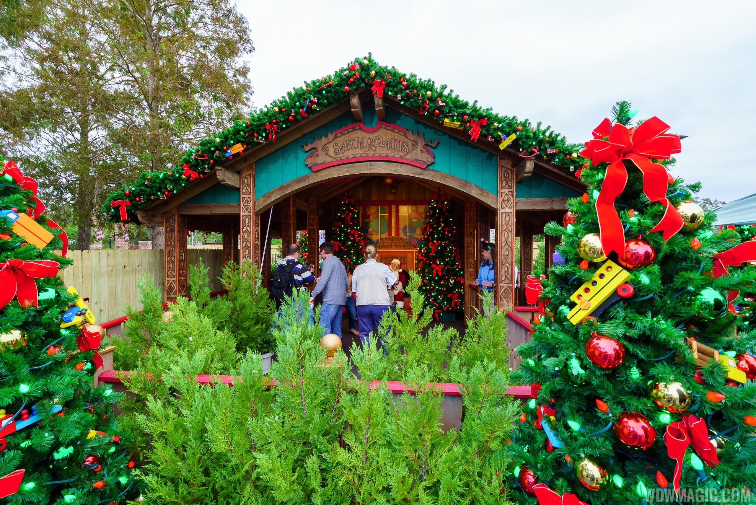 Disney Springs Christmas Tree Trail 2017