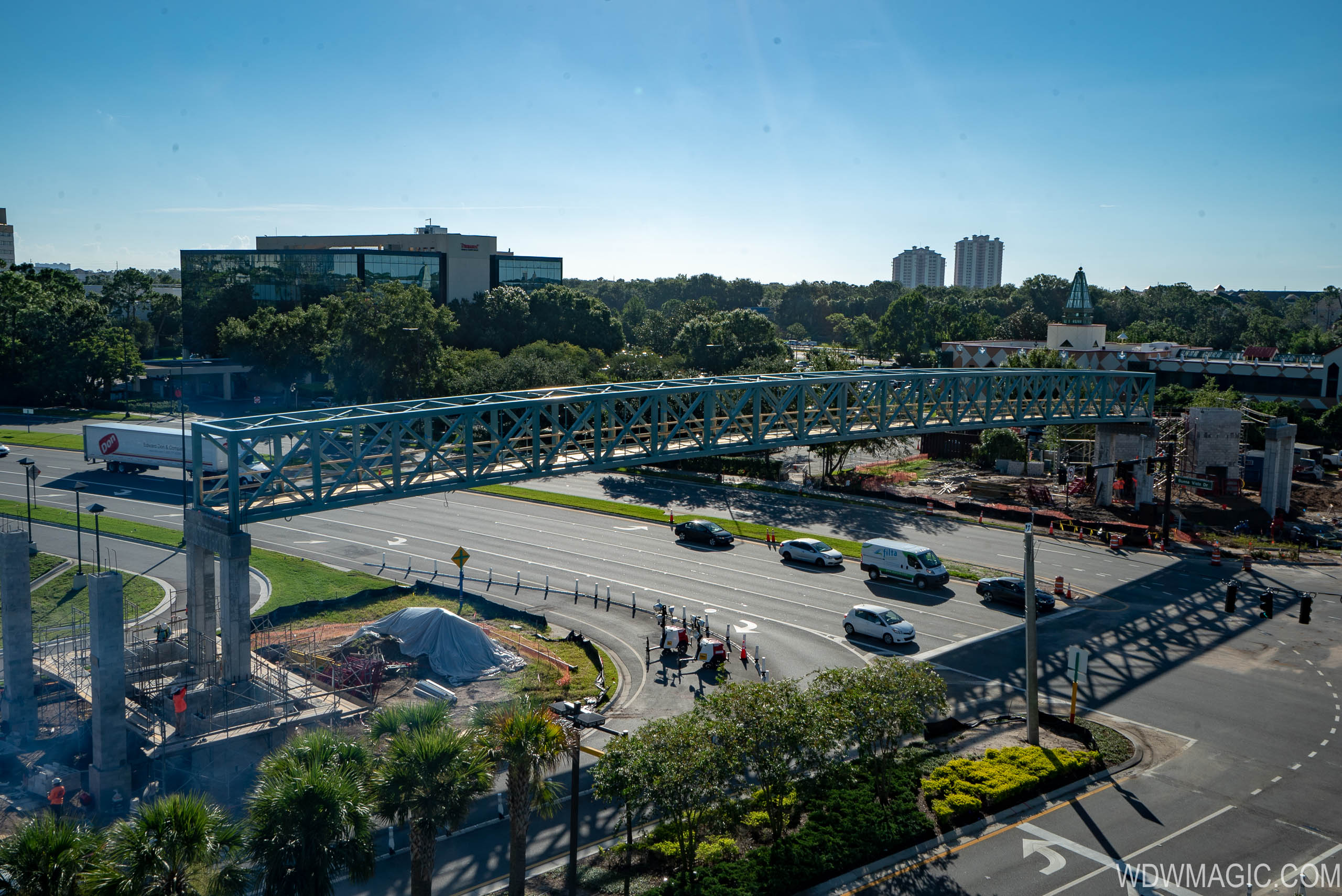 Third Pedestrian Bridge construction