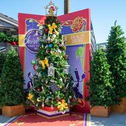 Disney Springs Christmas Tree Trail 2018