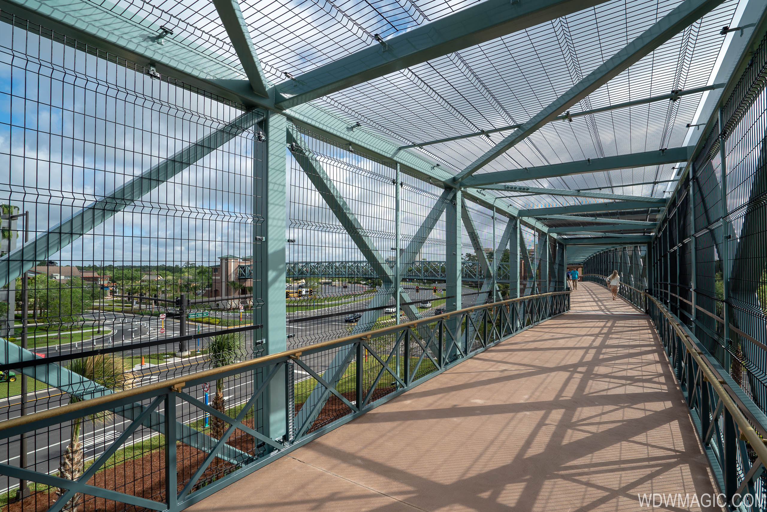 Grapefruit Pedestrian bridge