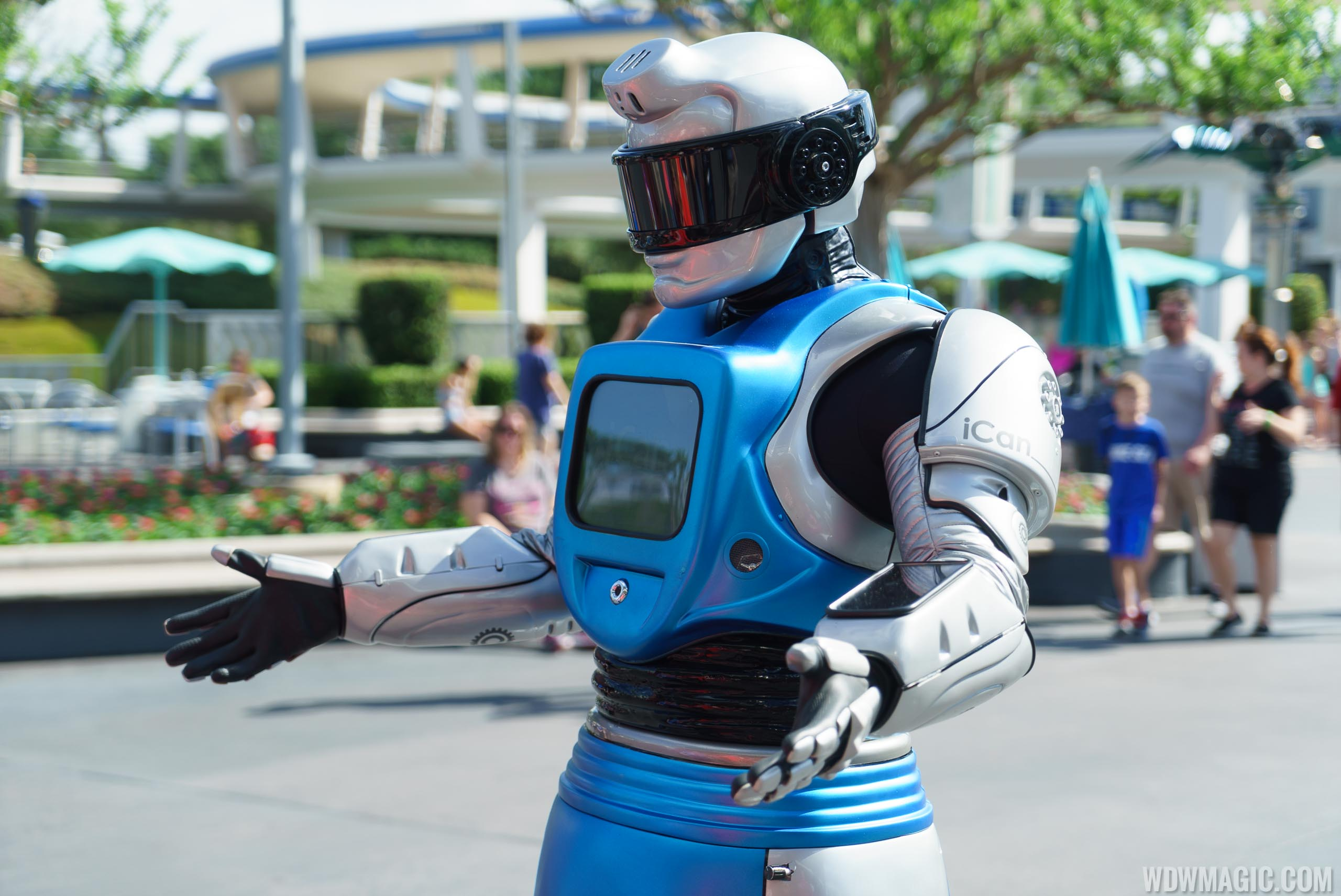 Showbot in Tomorrowland