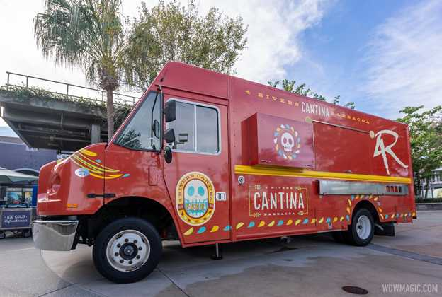 4R Cantina Barbacoa Food Truck on the West Side - December 2020