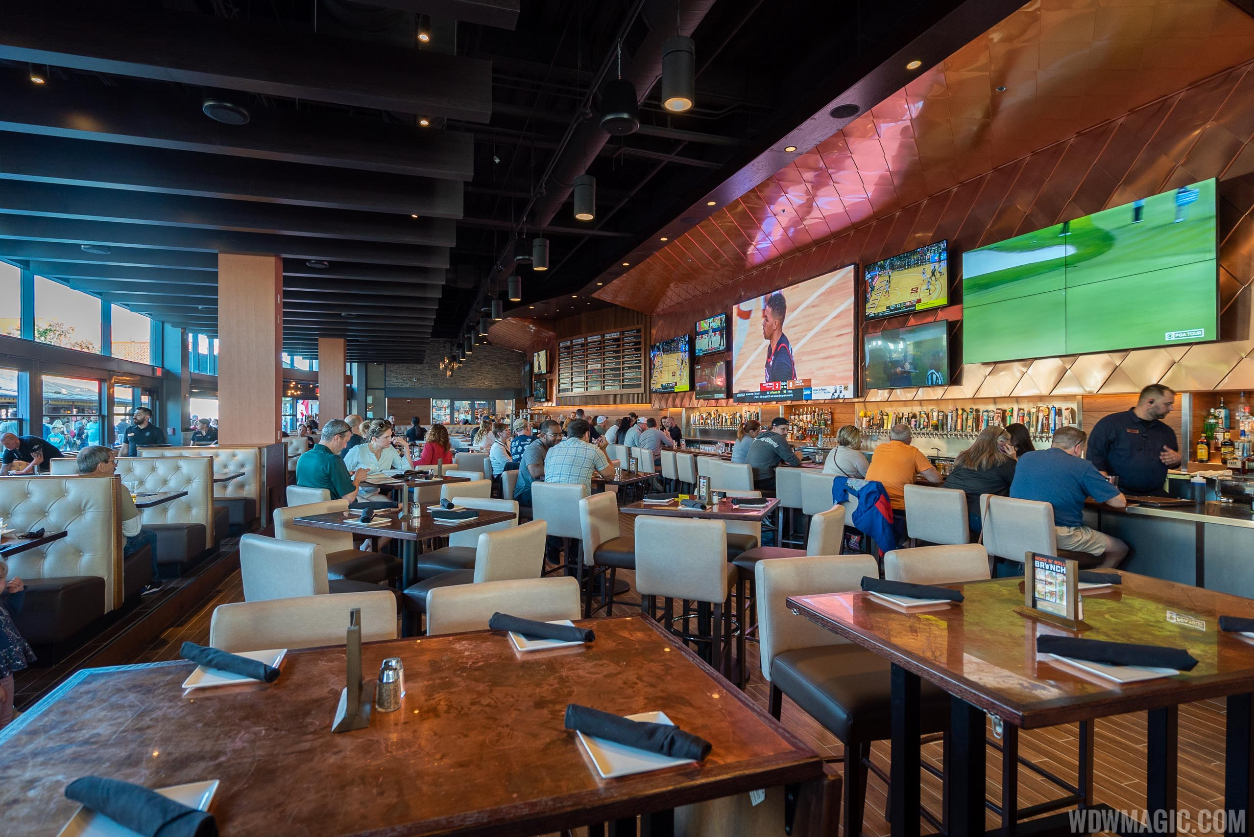 City Works Eatery and Pour House Disney Springs dining room