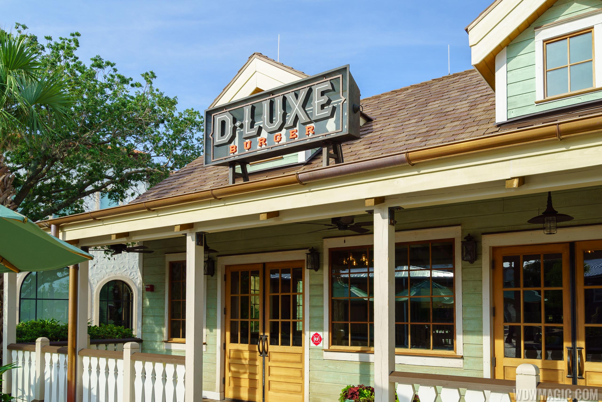 D-Luxe Burger overview