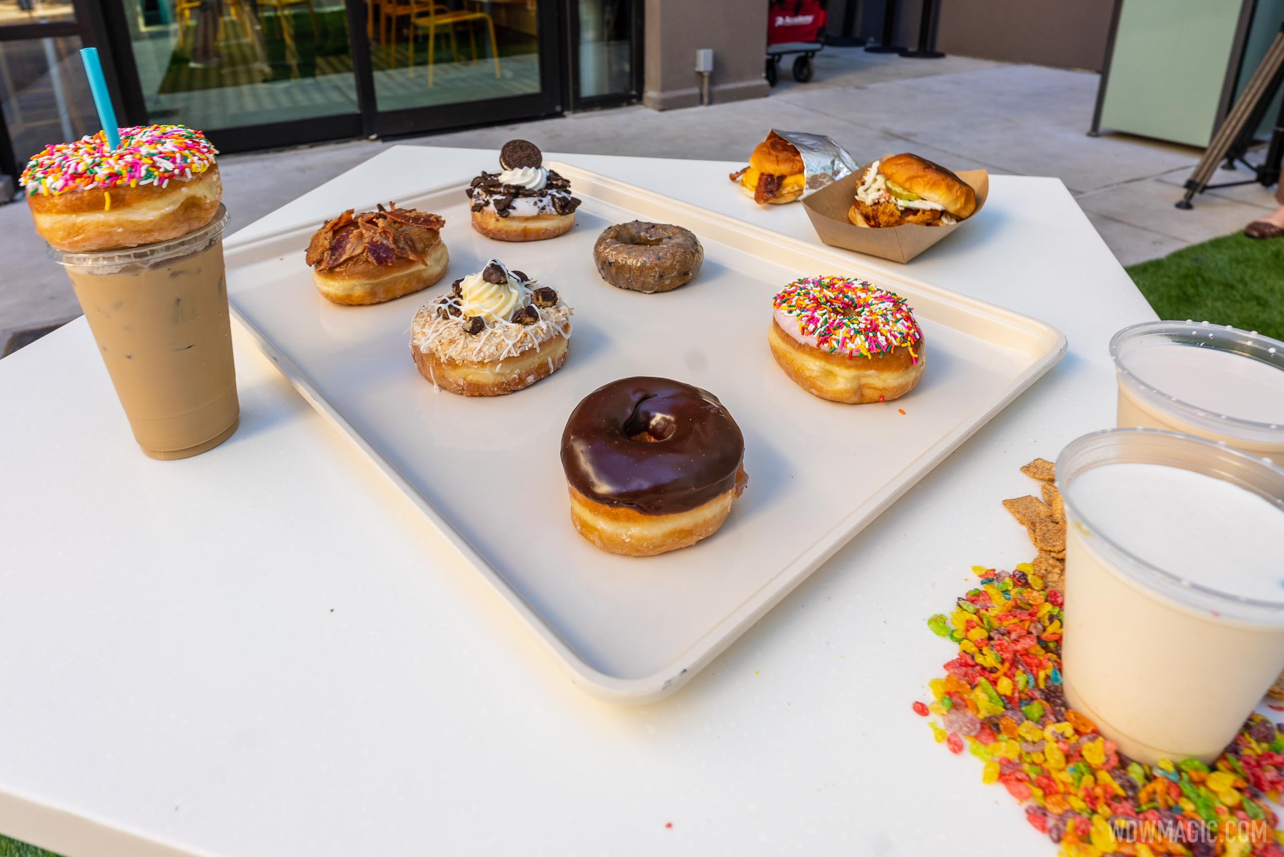 Donuts and drinks at Everglazed