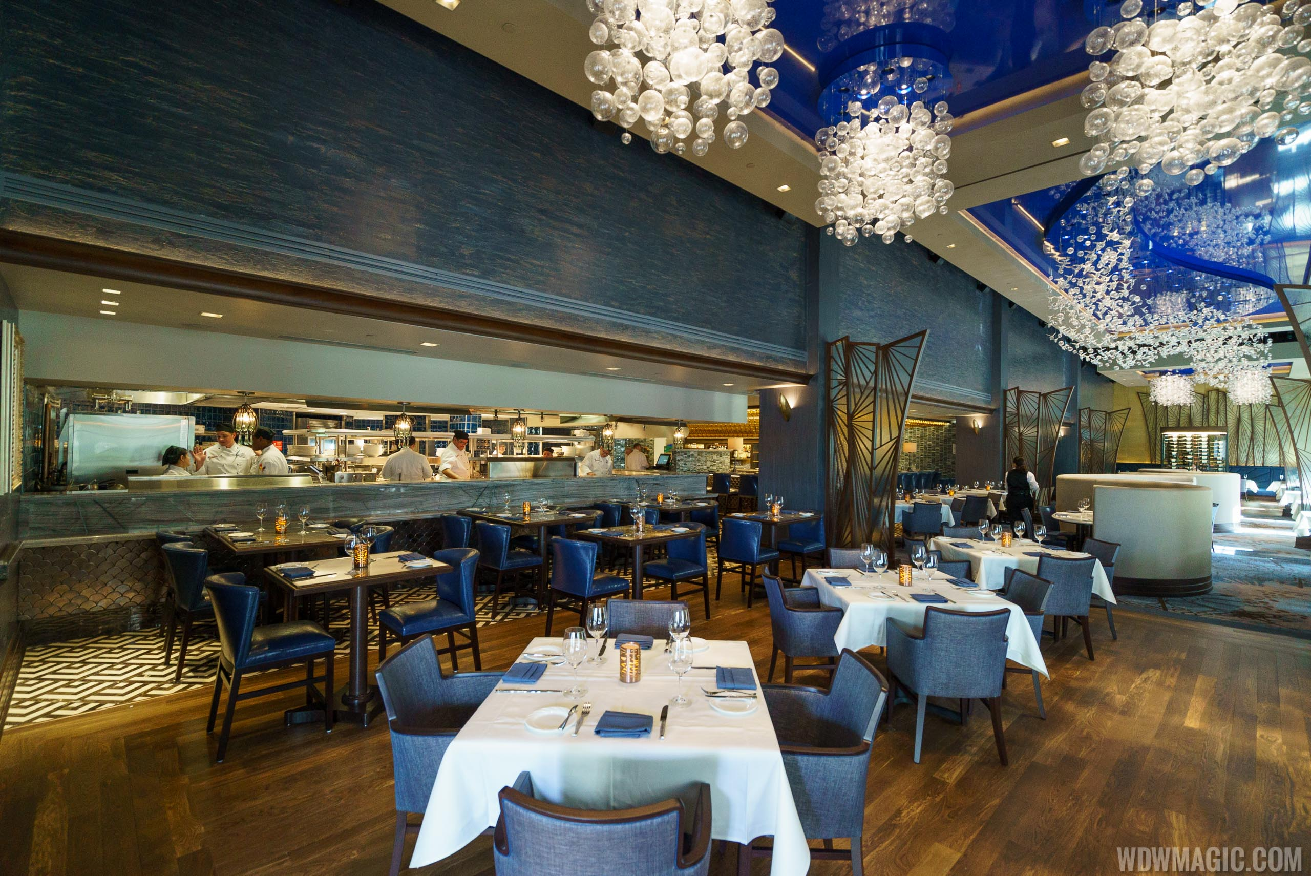 Flying Fish dining room