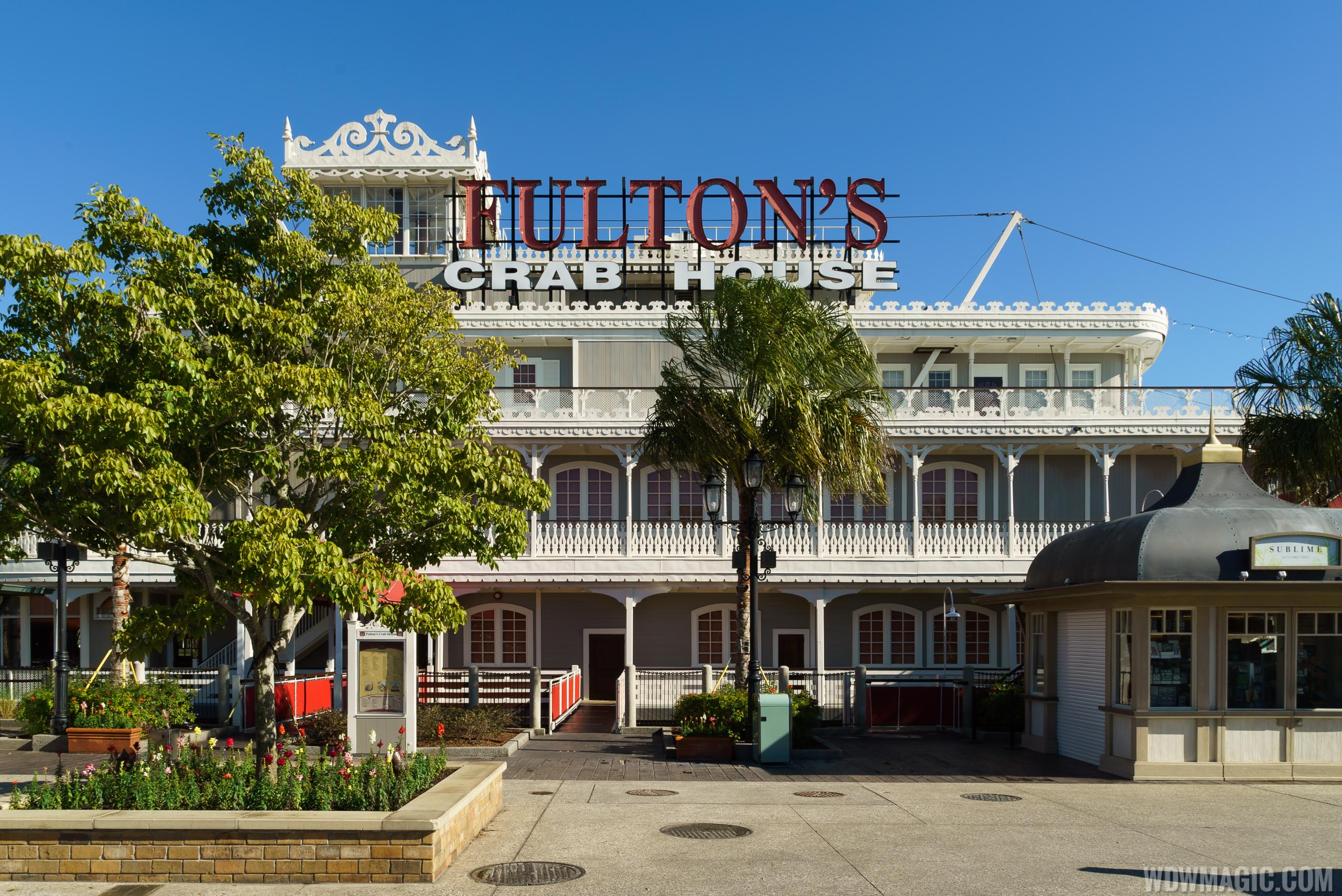 Fulton's Crab House overview