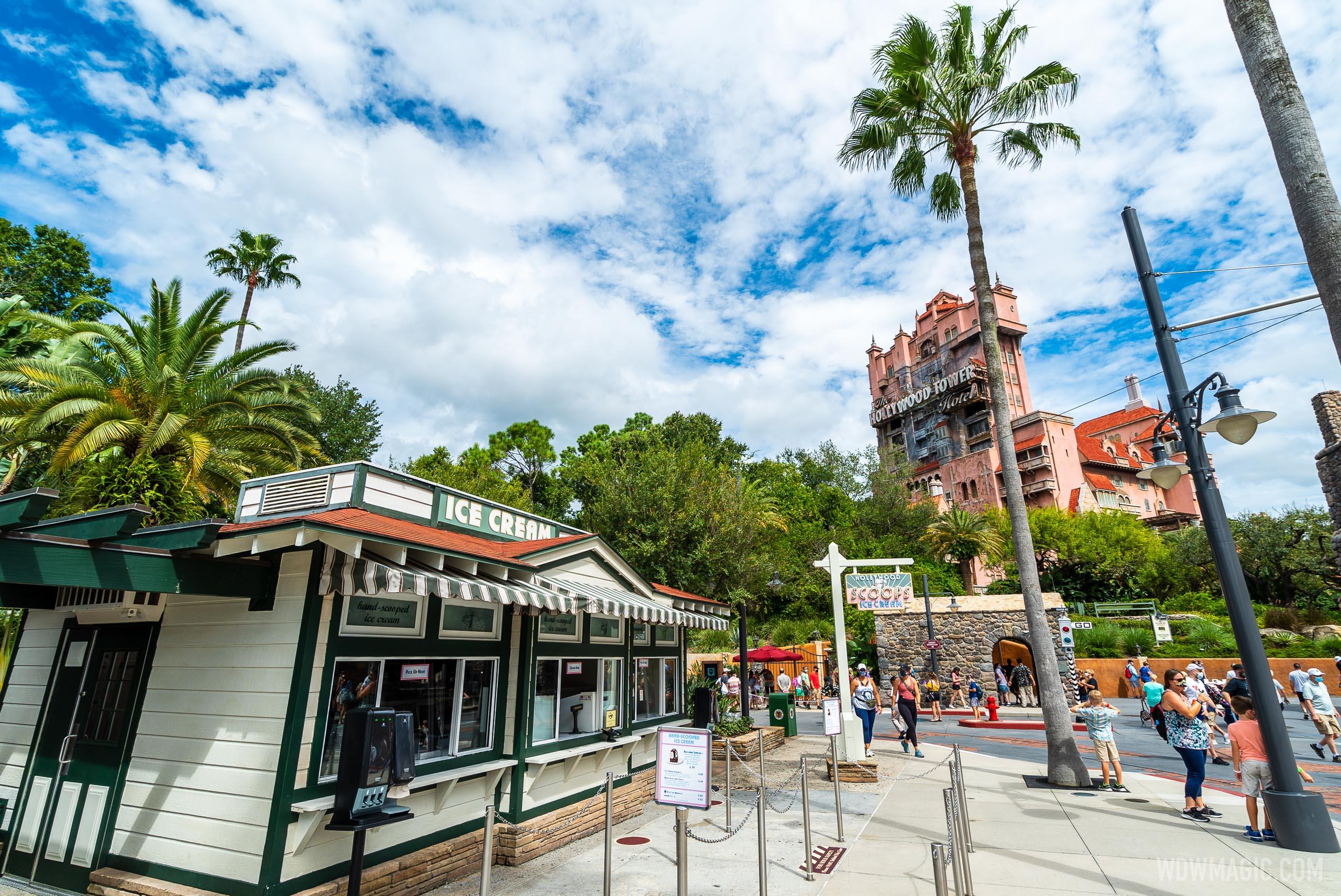 Vintage Walt Disney World: Hollywood Scoops Opens | Disney
