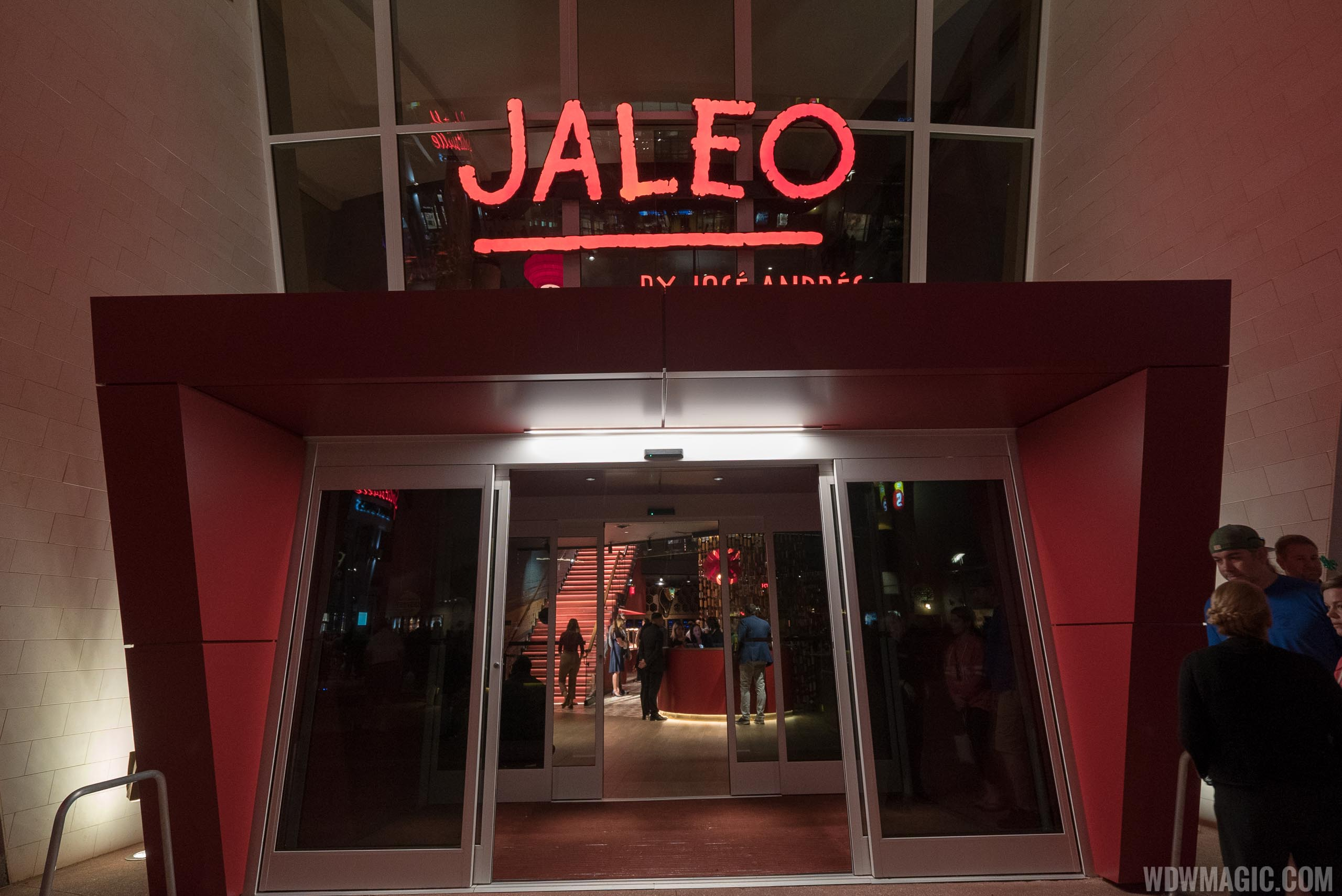 Jaleo restaurant tour and food