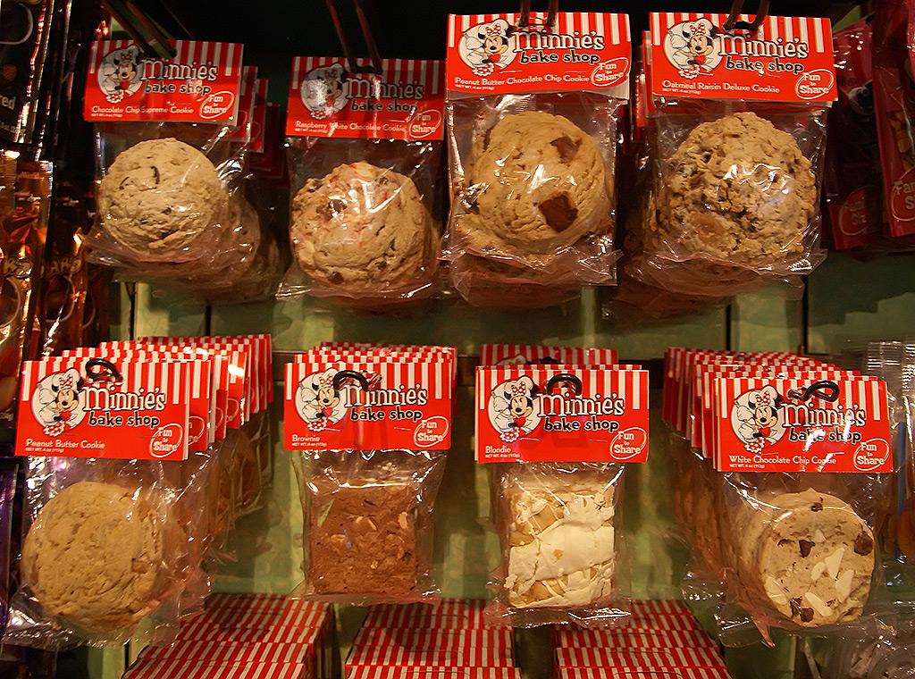 Minnie's Bake Shop snacks range