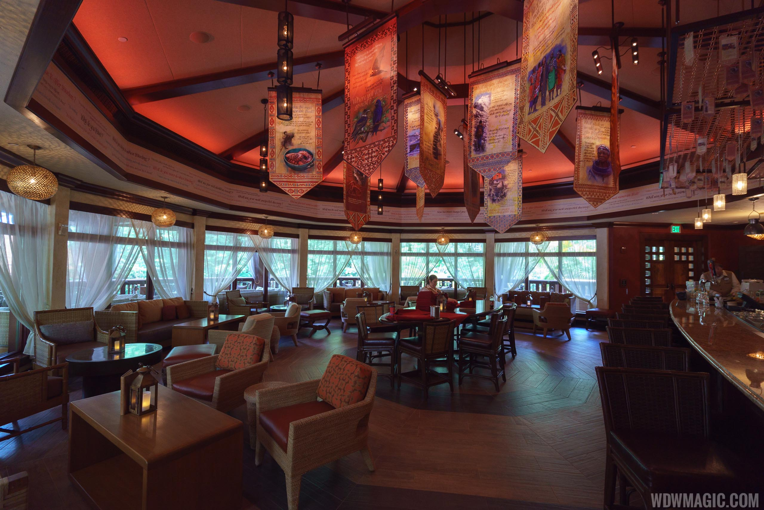 Nomad Lounge overview
