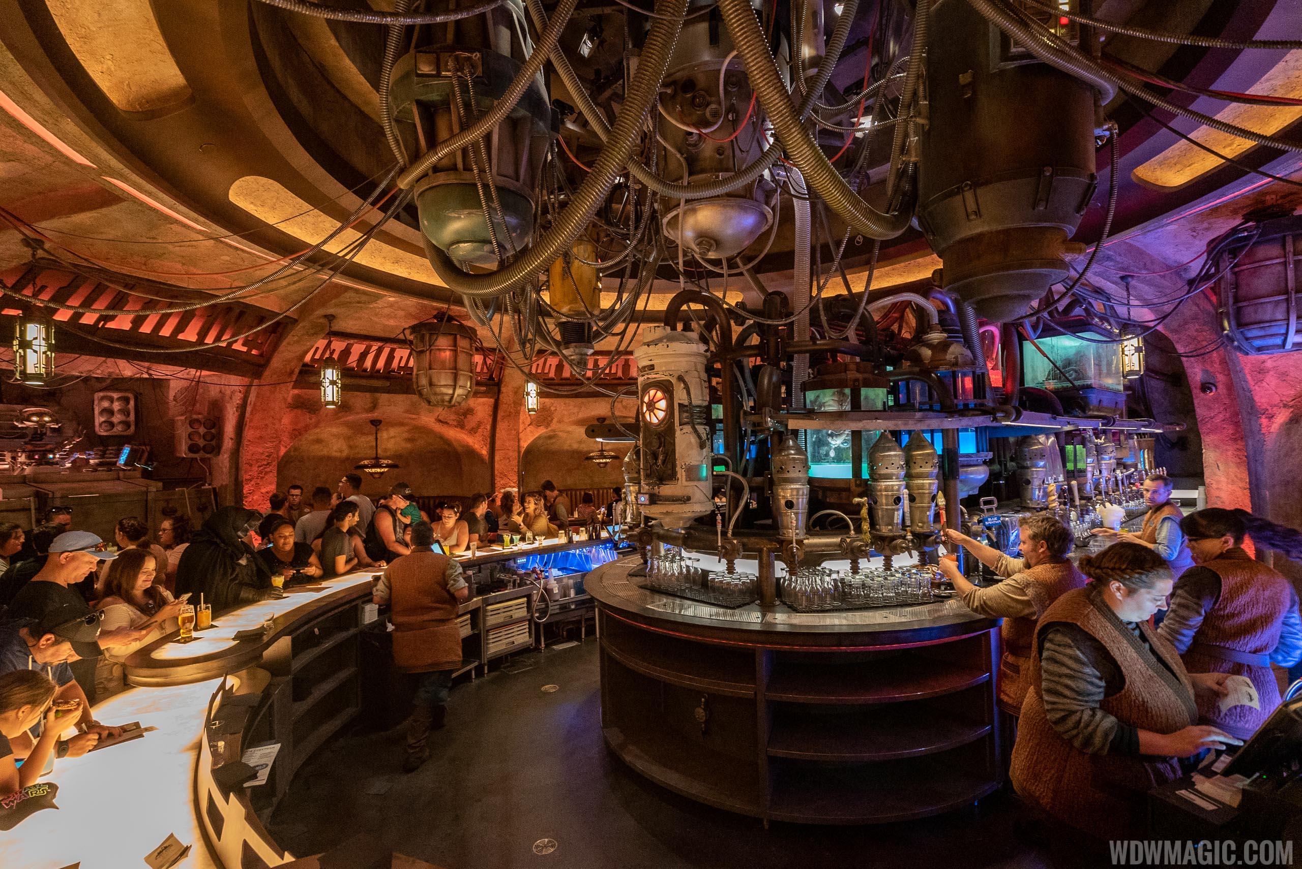 Oga's Cantina - Bar