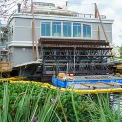 Paddlefish construction