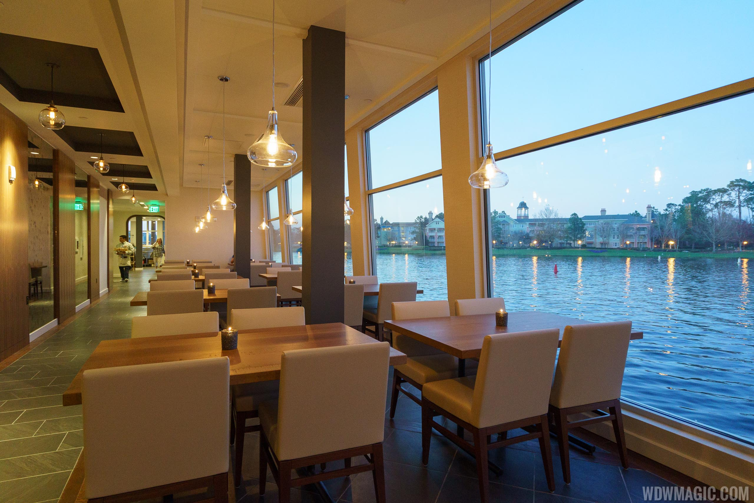 Paddlefish - Lower level waterside dining