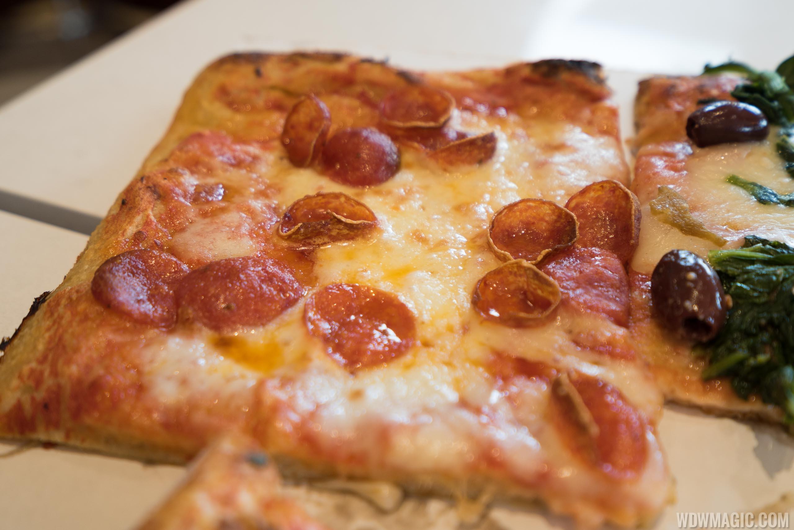 Pizza Ponte - Peperoni Pizza