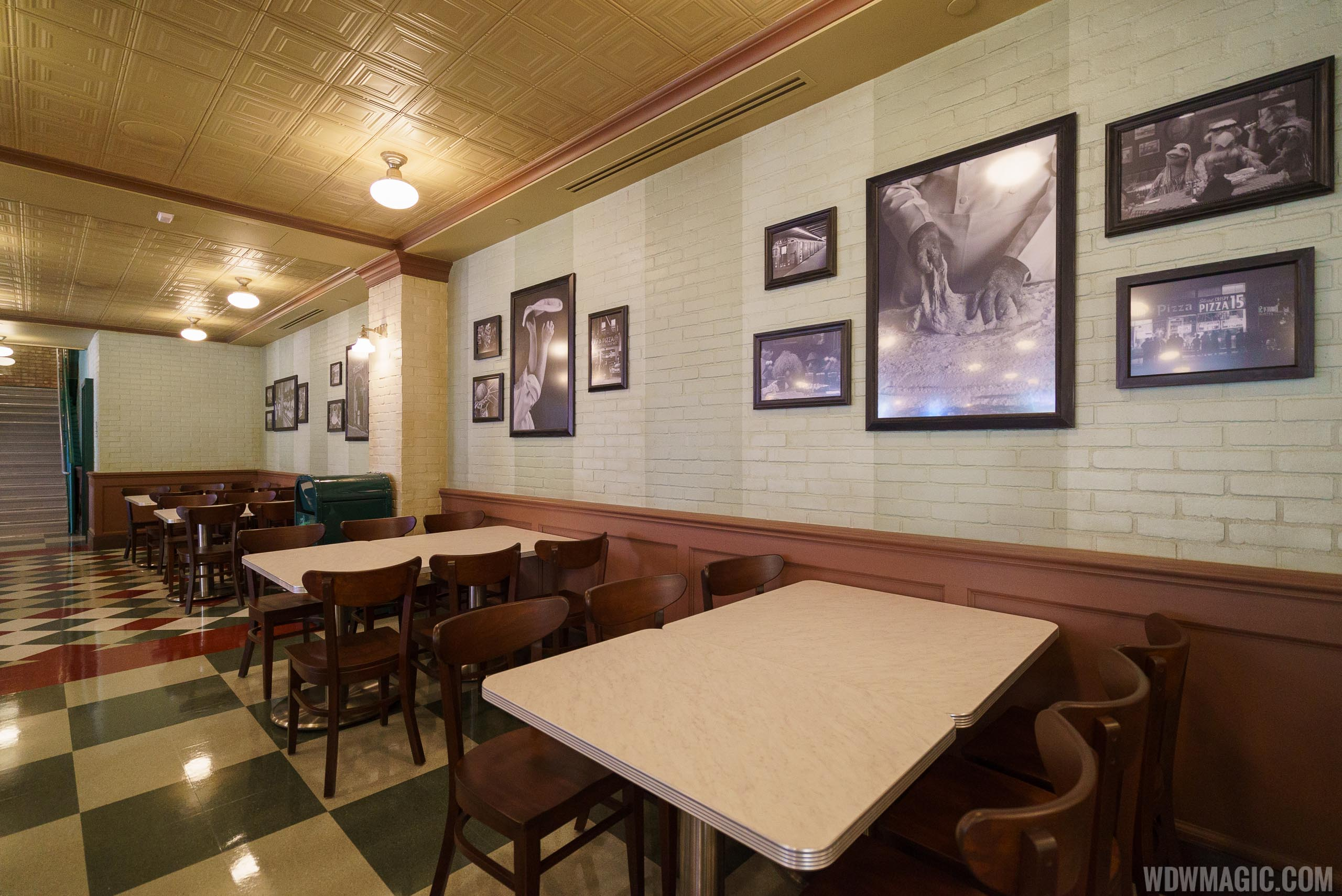 Inside PizzeRizzo - Ground floor dining room