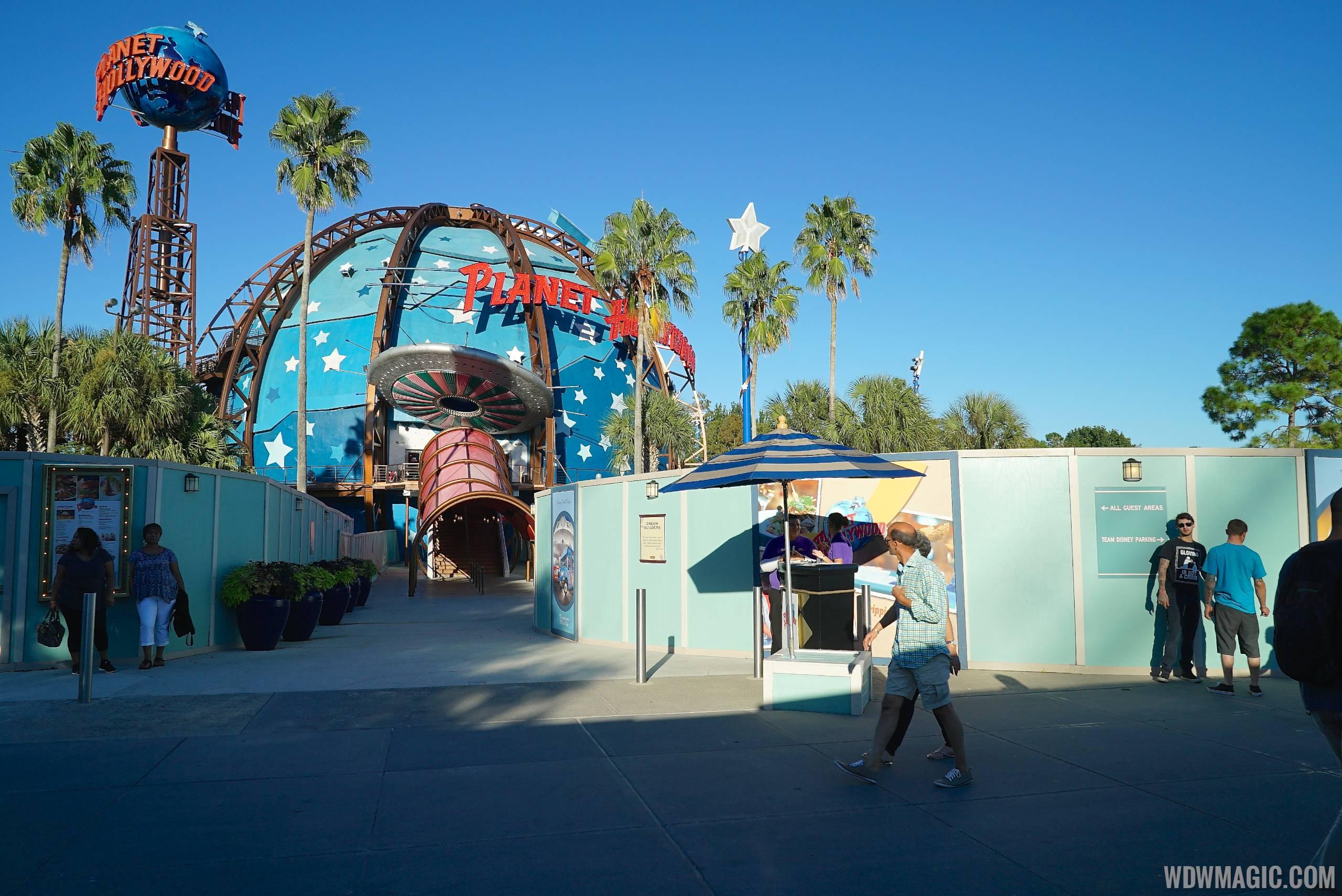 No more gift shop at Planet Hollywood