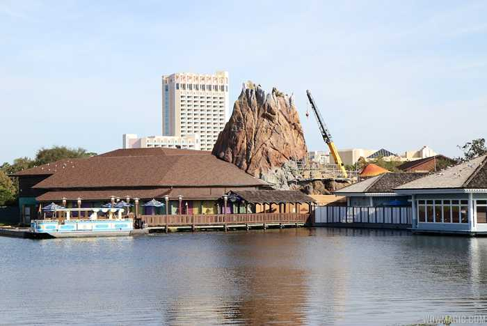 Rainforest Cafe refurbishment construction
