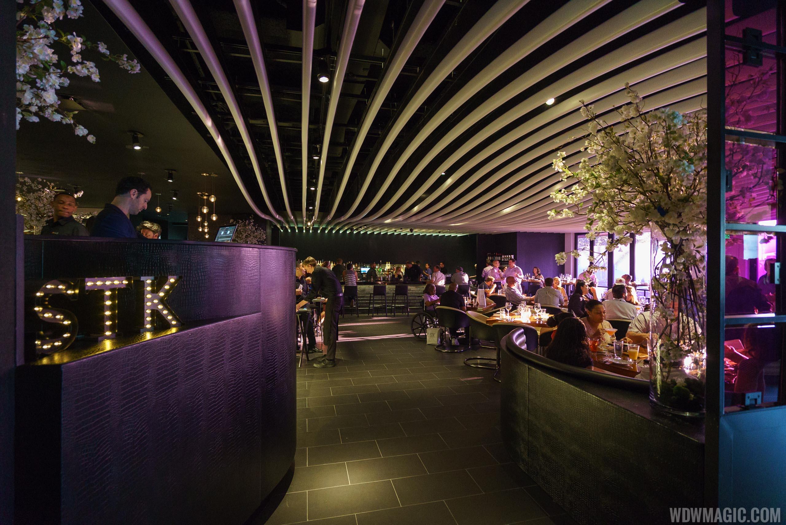 STK Orlando - Entering dining room on ground level