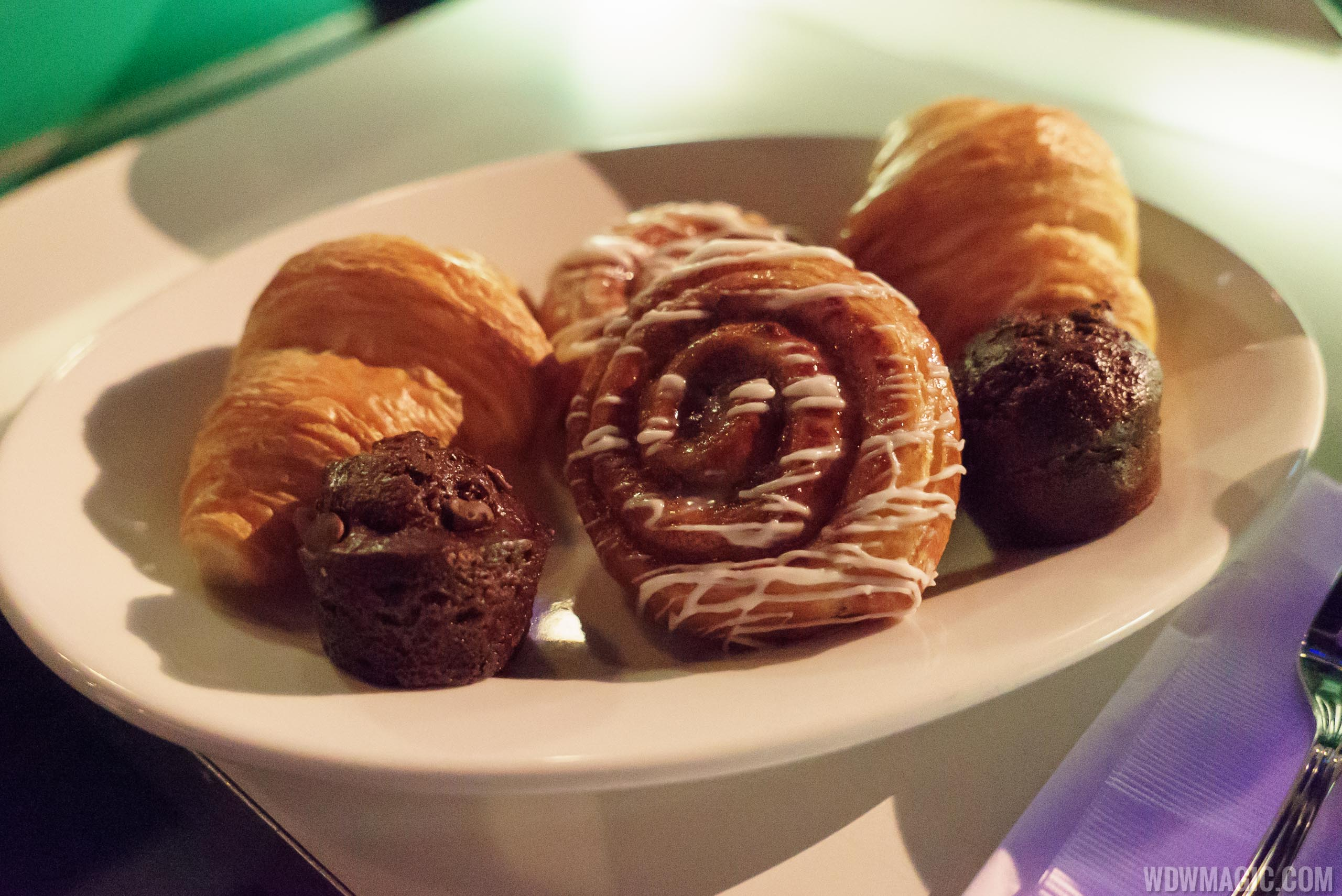 Sci-Fi Dine-In breakfast - Pastry basket with Croissant, Double Chocolate Muffin, and Orange-glazed Cinnamon Bun